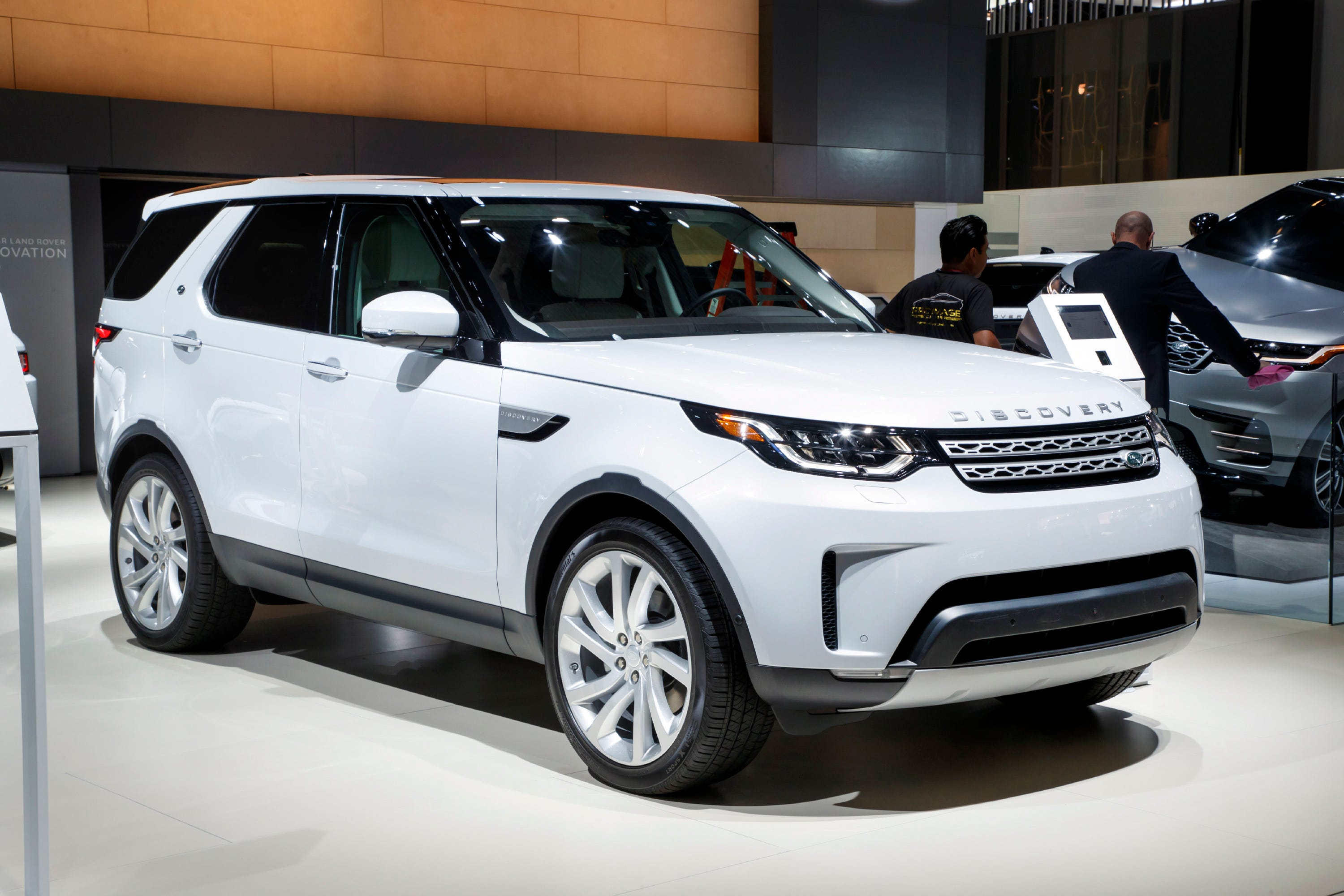 Utility of the Year nominee: The Land Rover Discovery