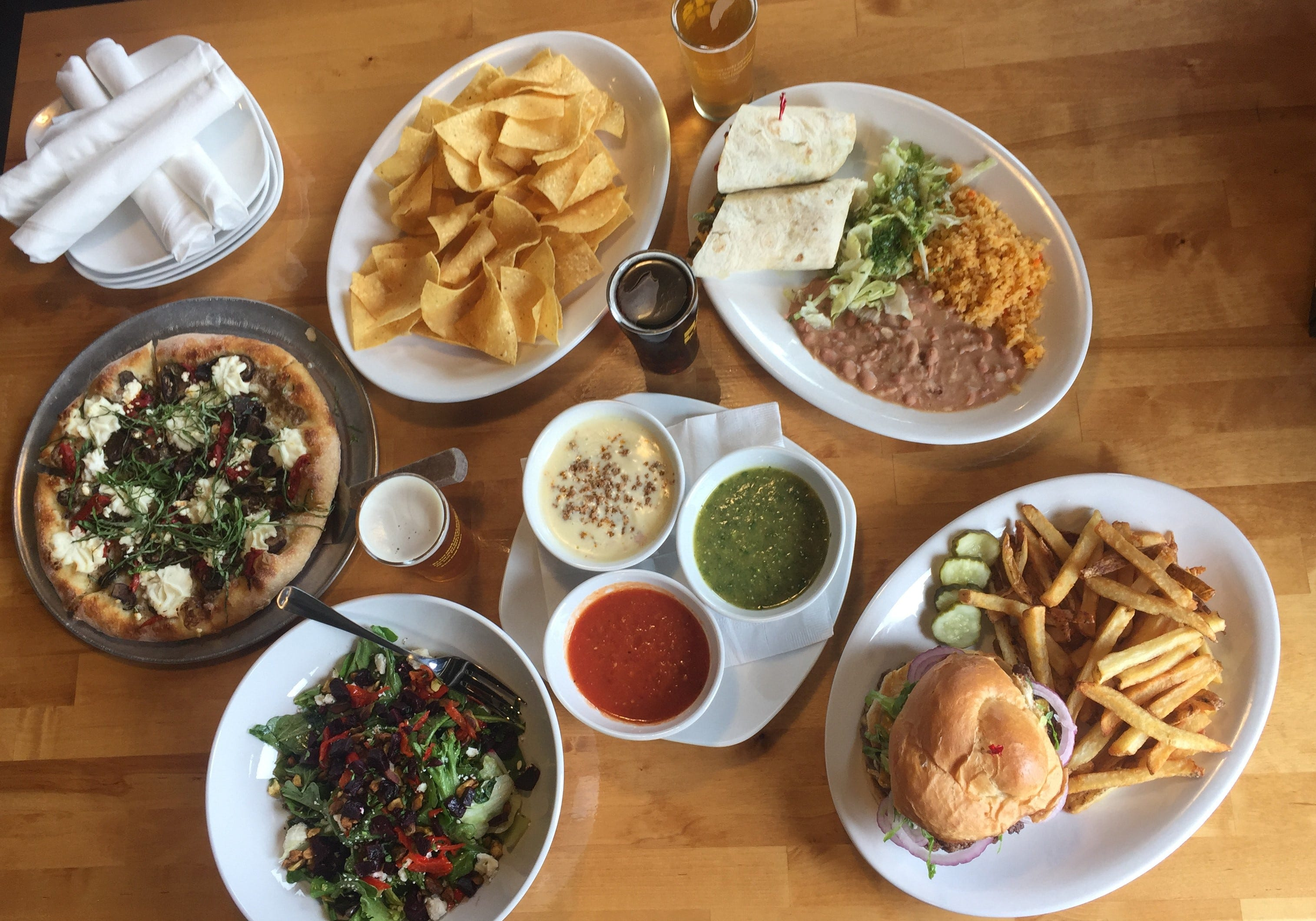 https://www.indystar.com/story/entertainment/dining/restaurants ...