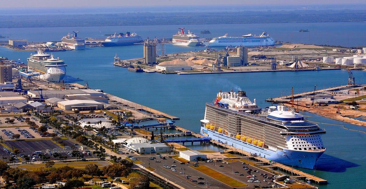 Notable Norovirus outbreaks on cruise ships
