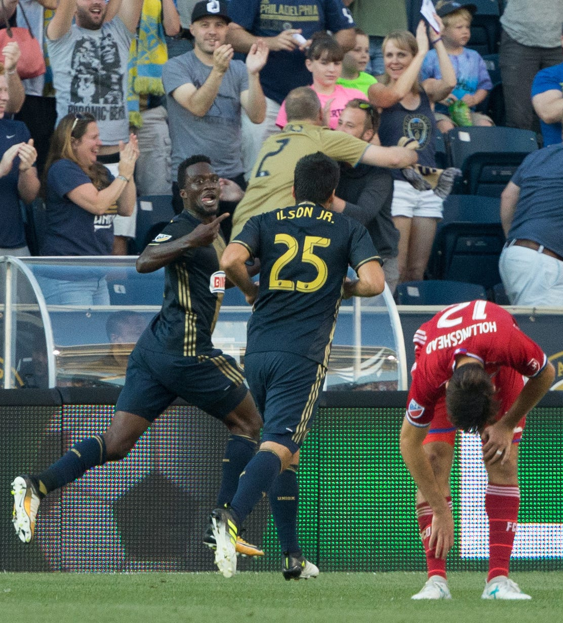 C.J. Sapong leads Philadelphia Union to first-ever win over FC Dallas