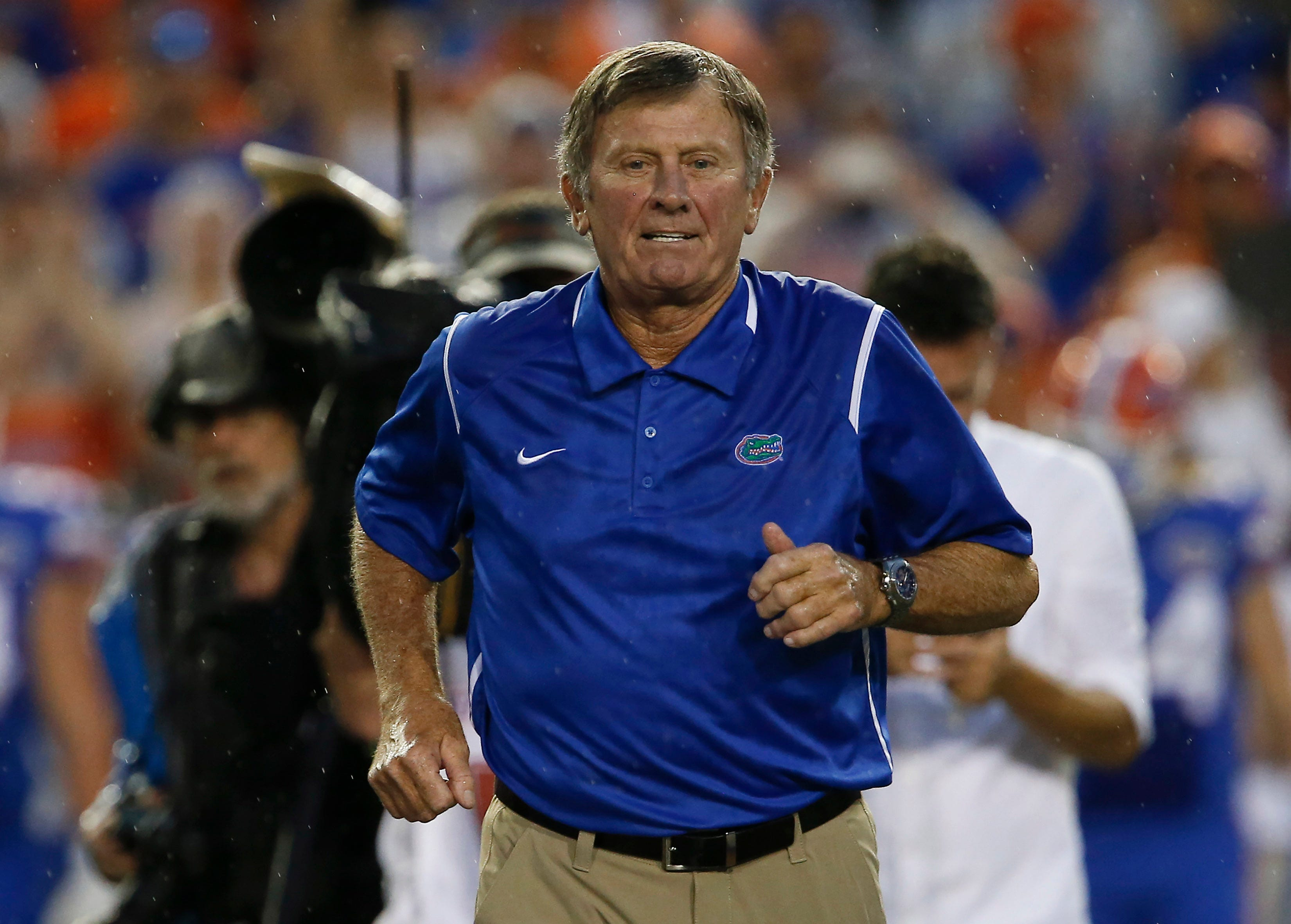 636378908127029964-USP-NCAA-Football--Massachusetts-at-Florida Steve Spurrier takes a shot at LSU at Independence Bowl luncheon