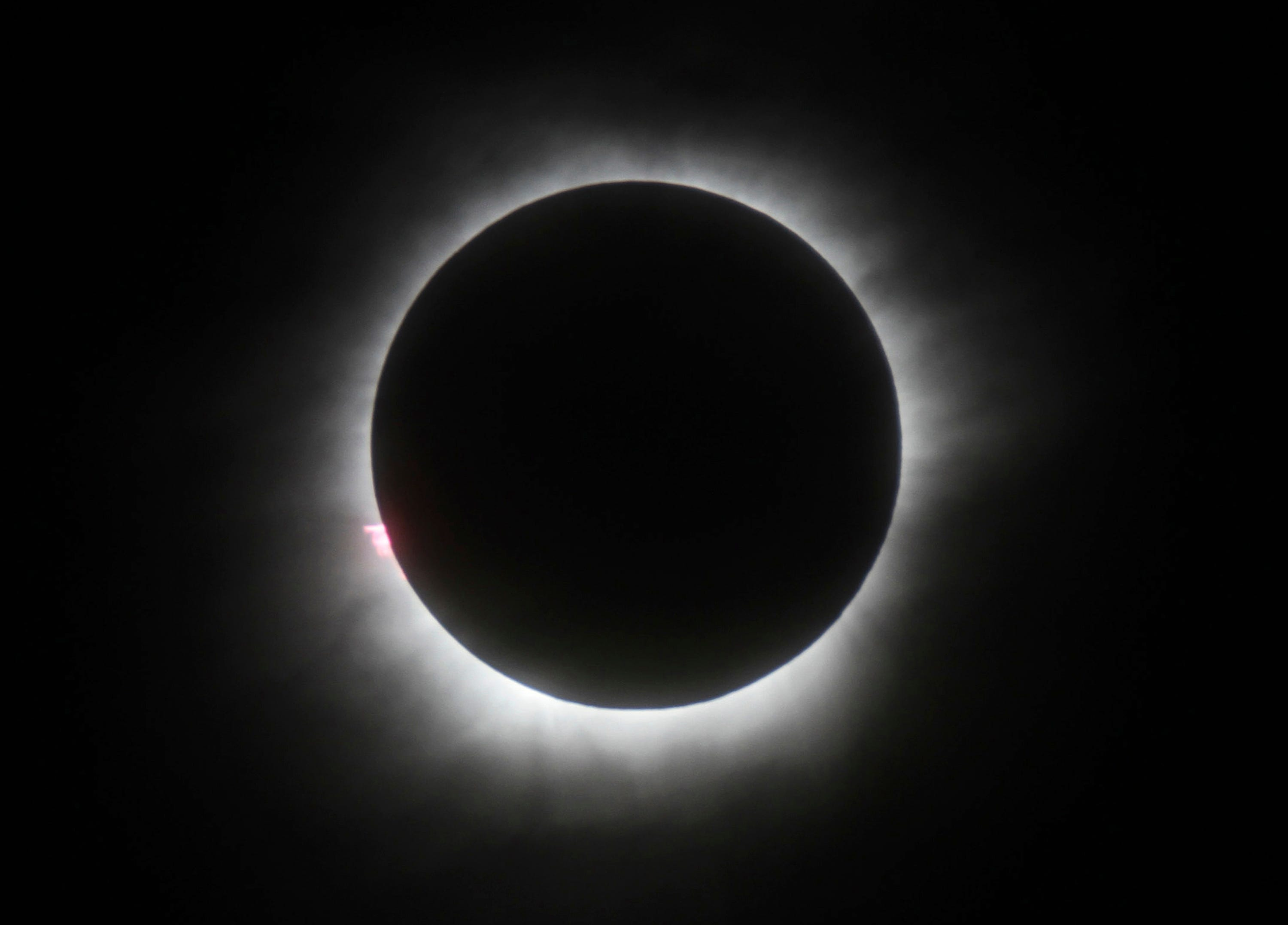 The procrastinator's guide to viewing the solar eclipse
