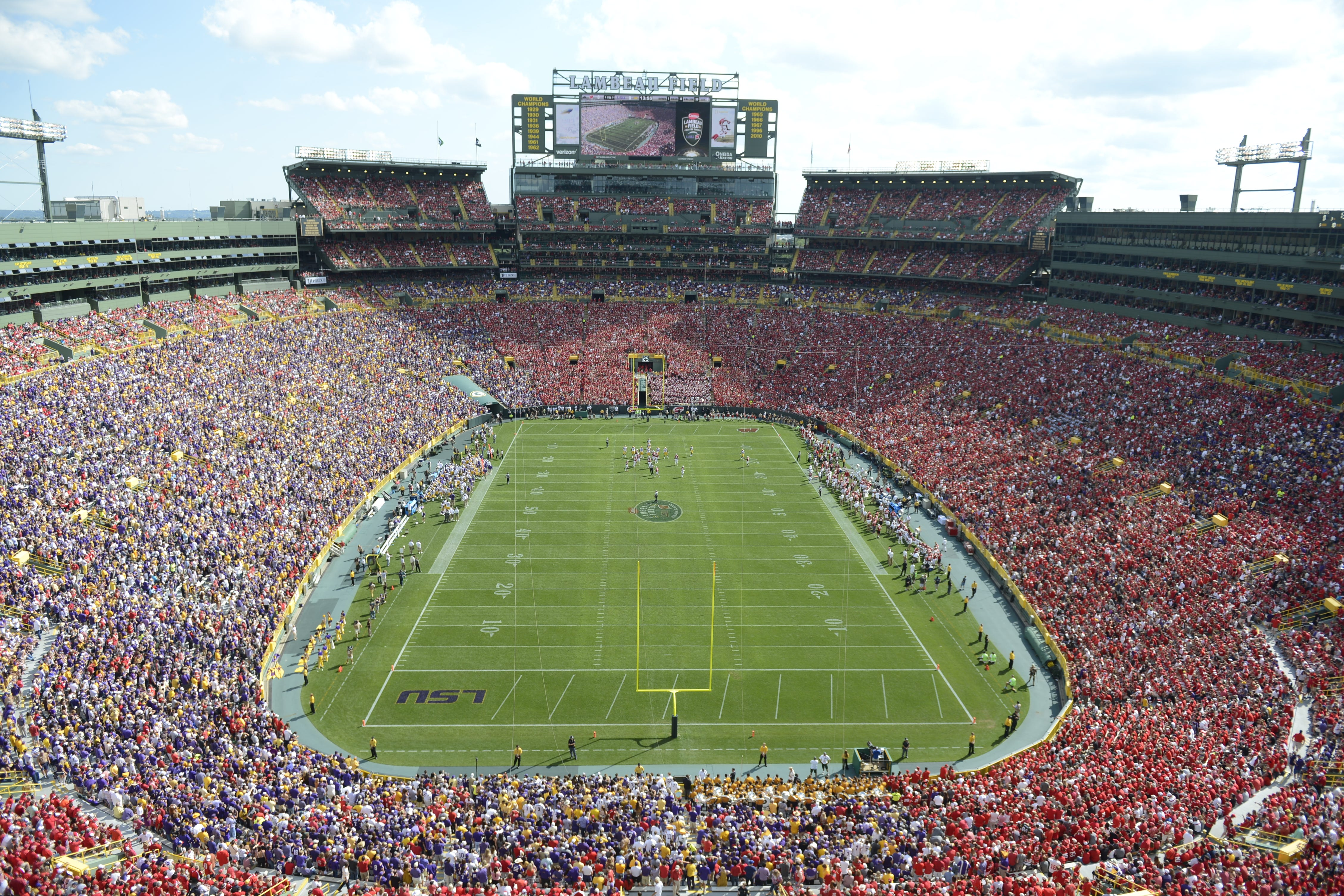 World Cup soccer at Lambeau Field? It's not wide enough