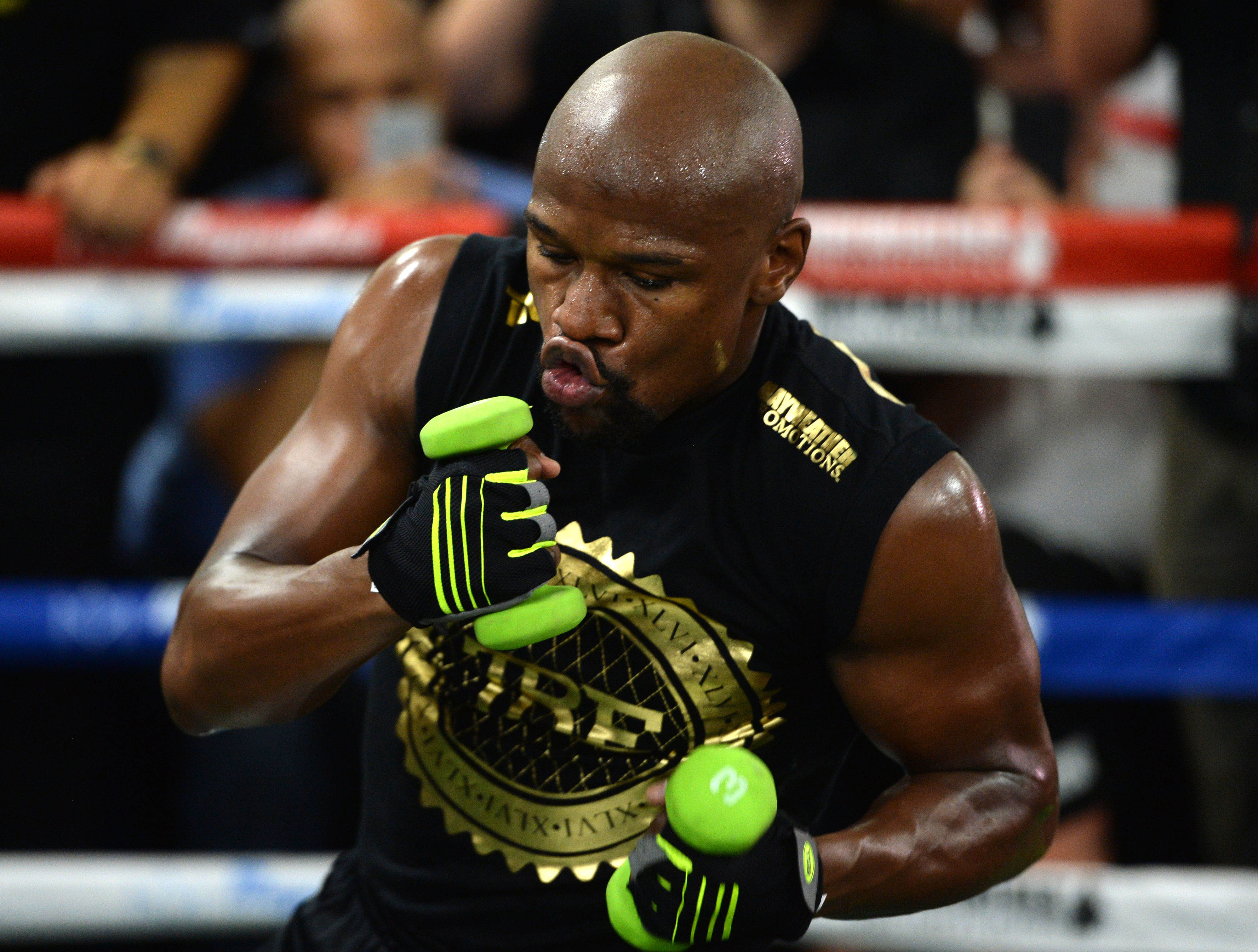 Rocky Marciano Jr. says Floyd Mayweather doesn't deserve record in an 'exhibition match'