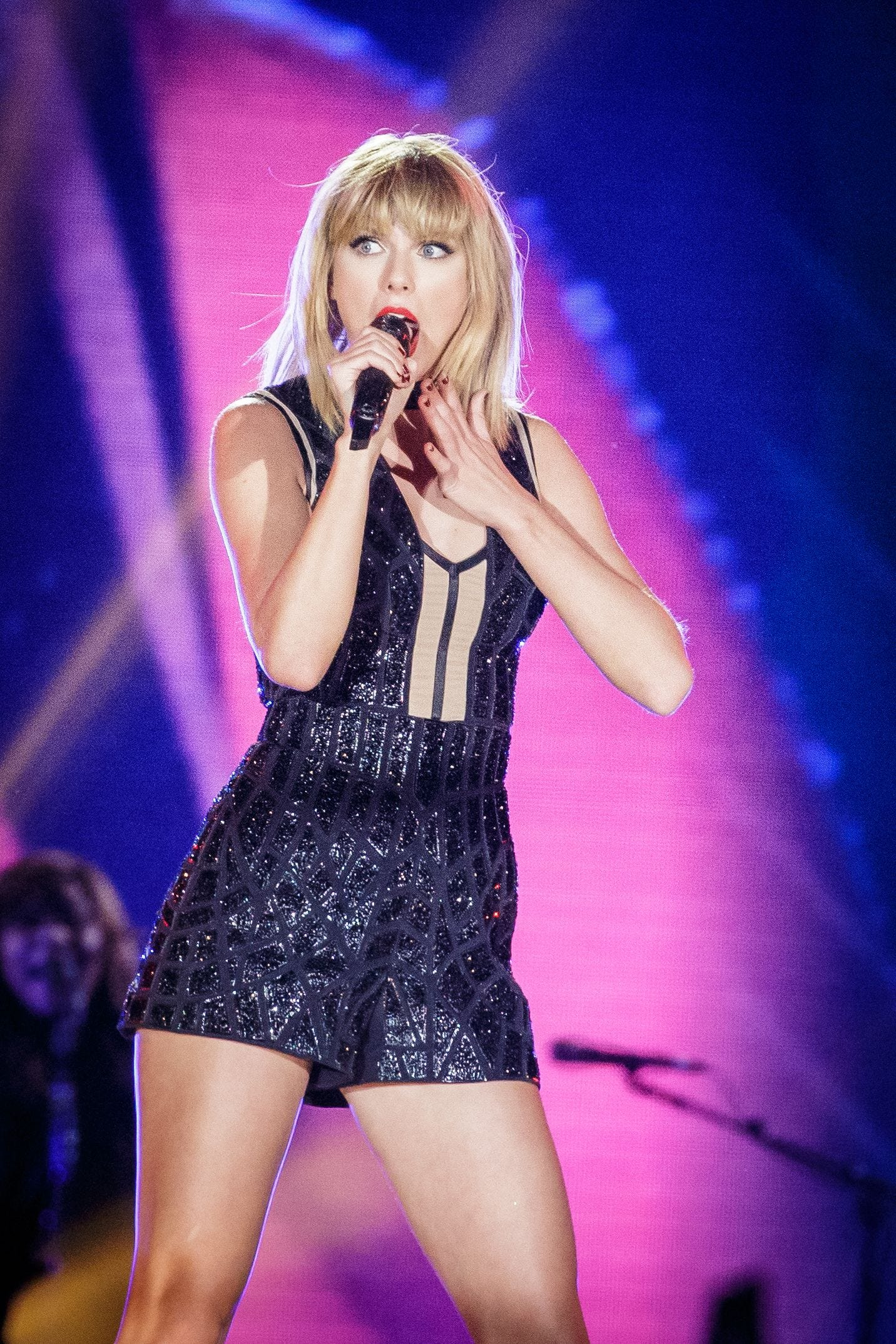 Taylor Swift Reputation Here S What Critics Are Saying Kens5 Com