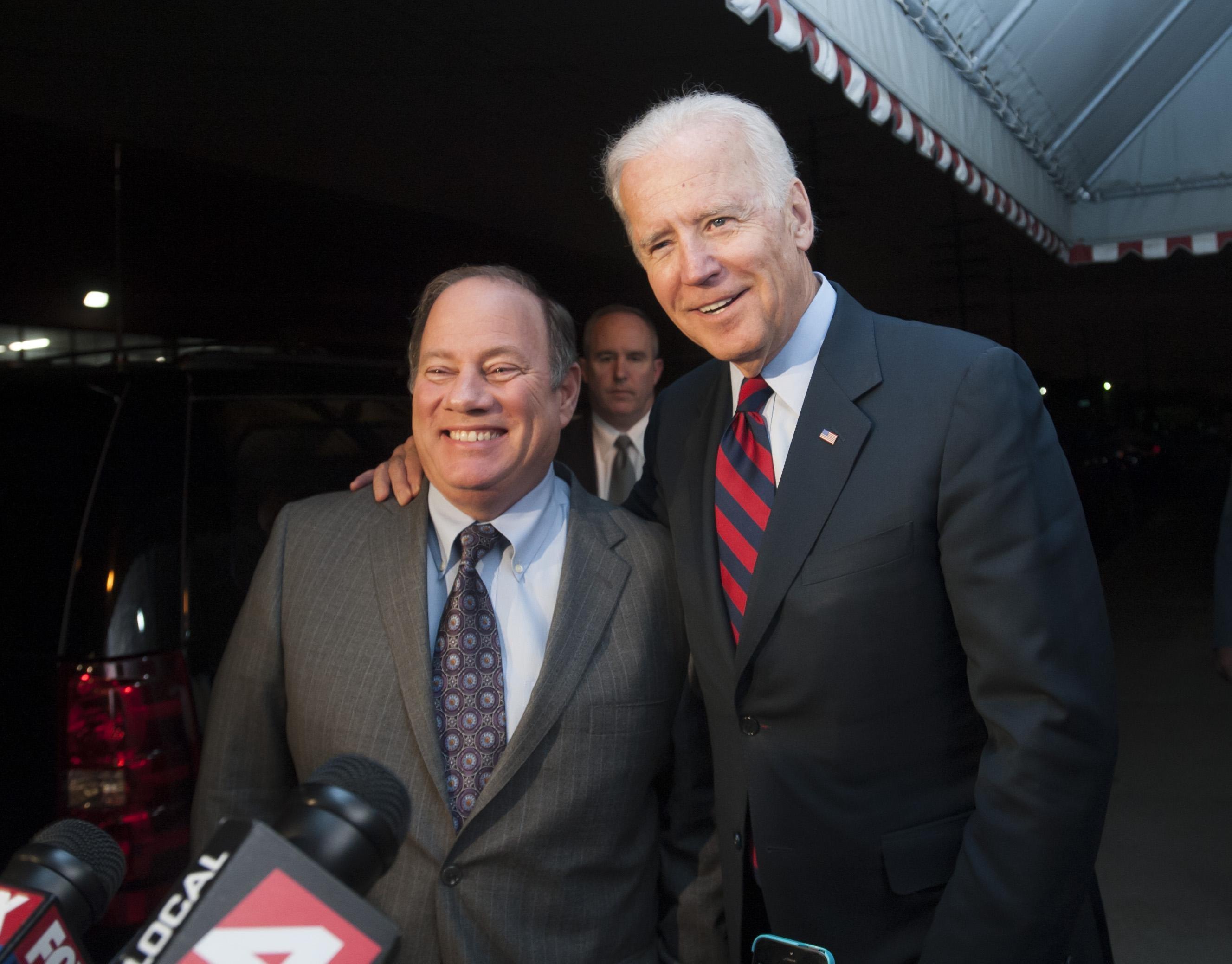 President Biden endorses Duggan for third term as Detroit's mayor