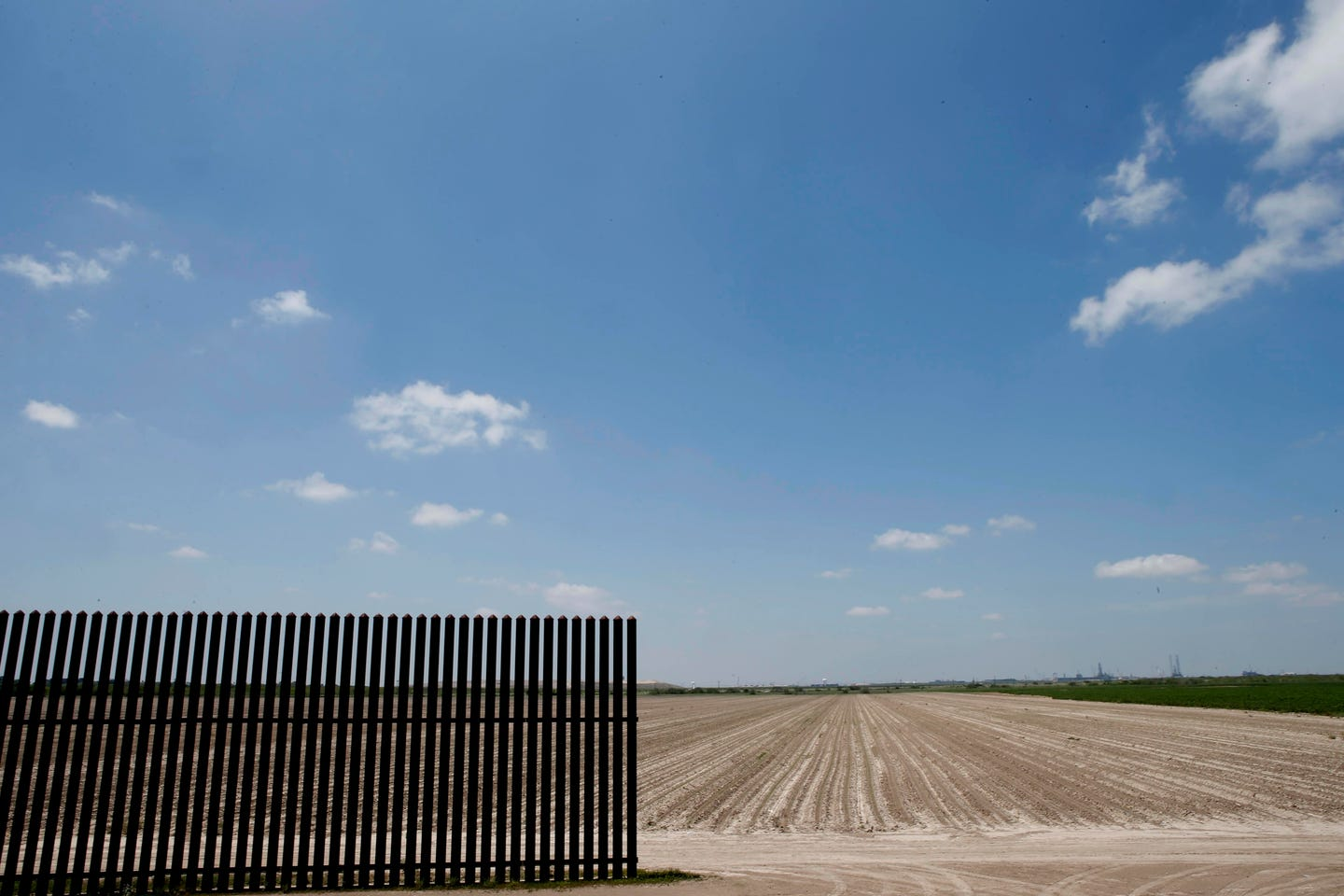 6fd81f618ee3 The first fence: A border fence between the United States and Mexico starts  about 15 miles inland from the mouth of the Rio Grande in Texas.
