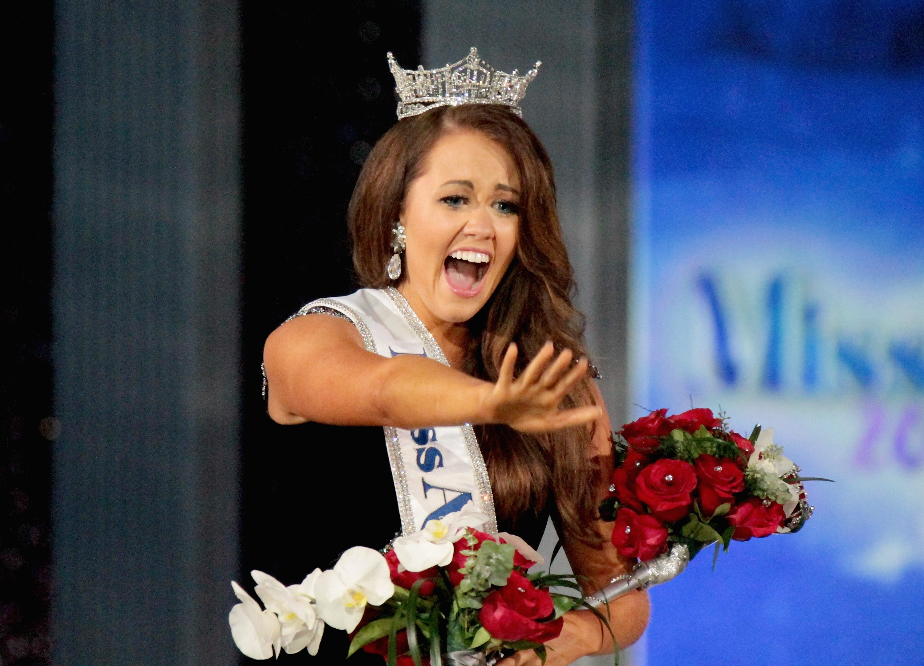 Miss America Cara Mund slams pageant, Gretchen Carlson: They 'silenced me, reduced me'
