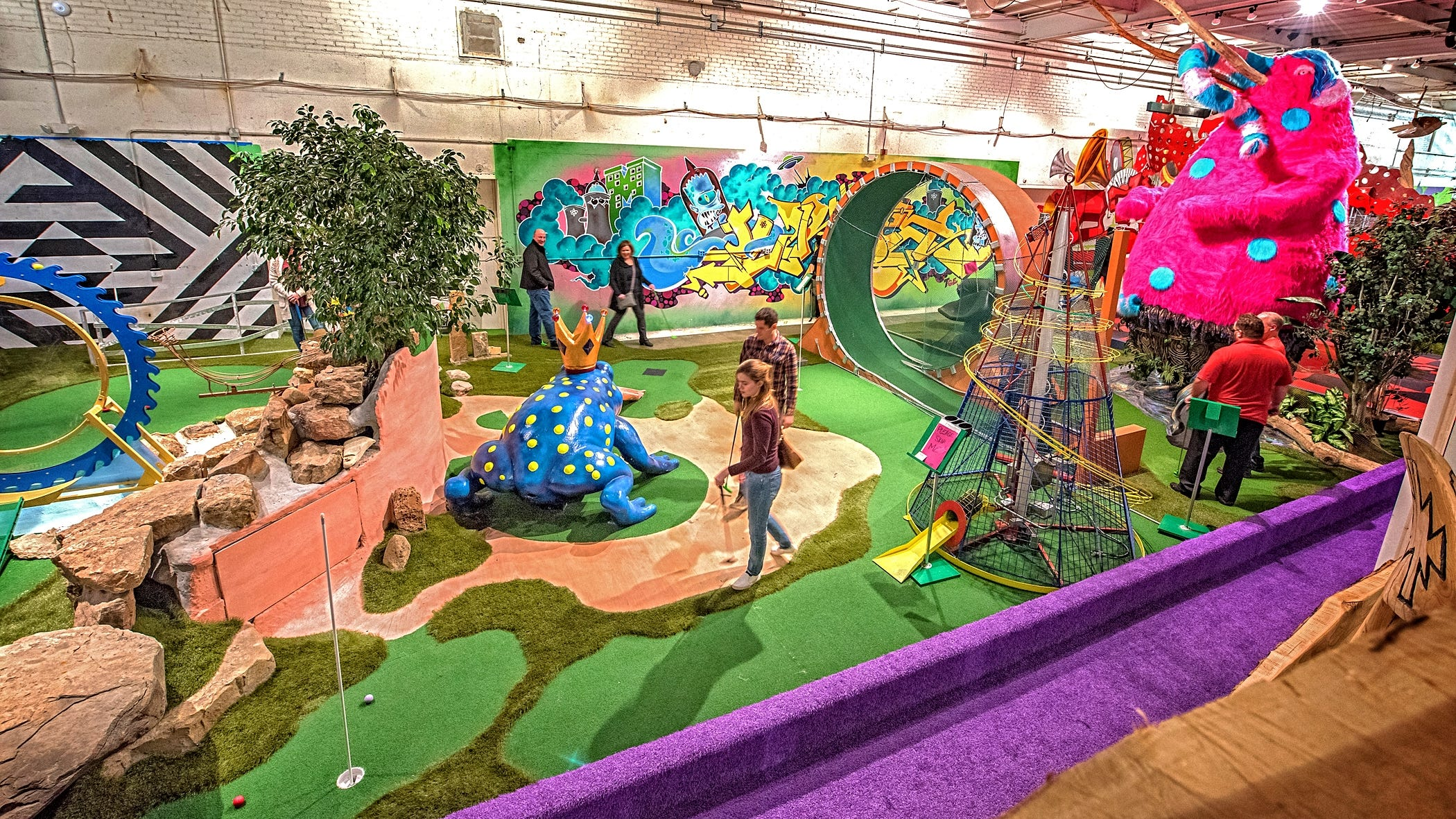Unusual and historic miniature golf spots around the US   USA Today