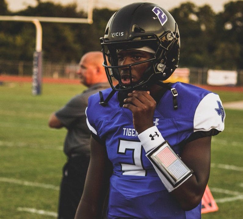 NFL Hall of Famer Deion Sanders' son tweets about UTEP scholarship offer | El Paso Times