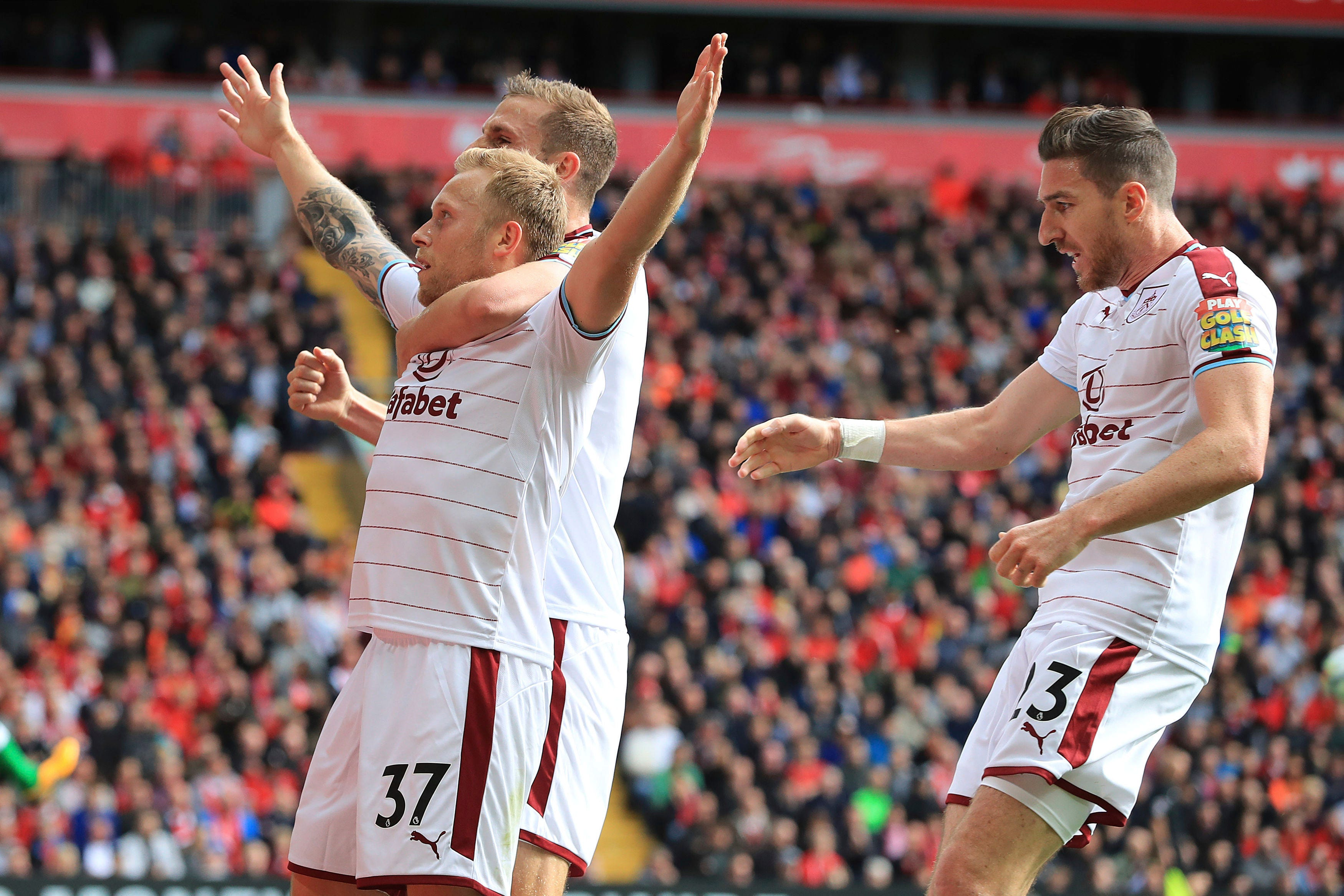 Without Mane, Liverpool struggle to 1-1 vs Burnley in EPL