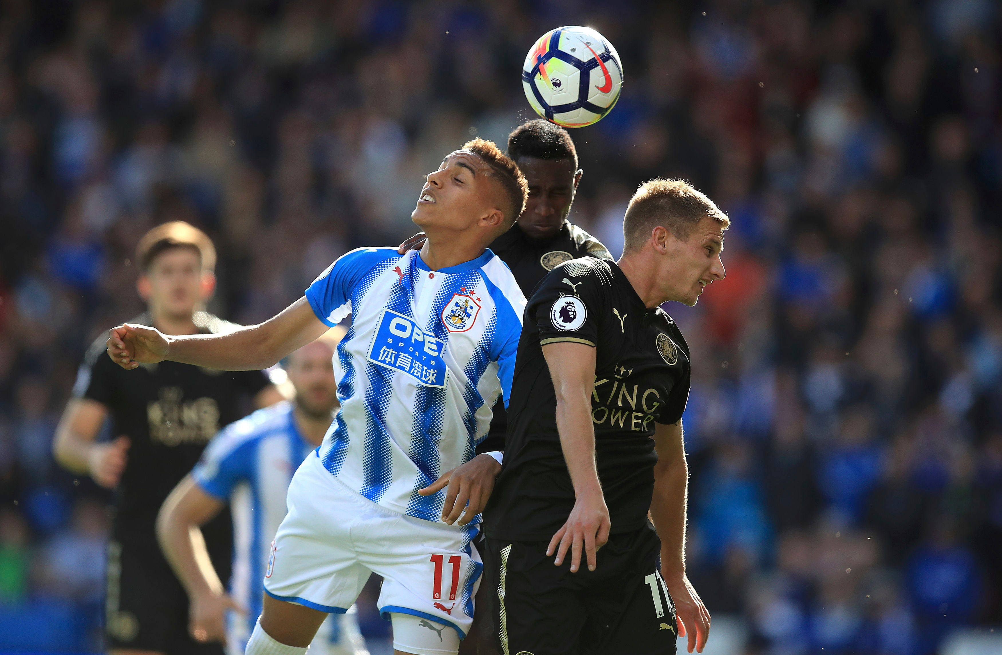 Huddersfield draws with Leicester 1-1 in EPL