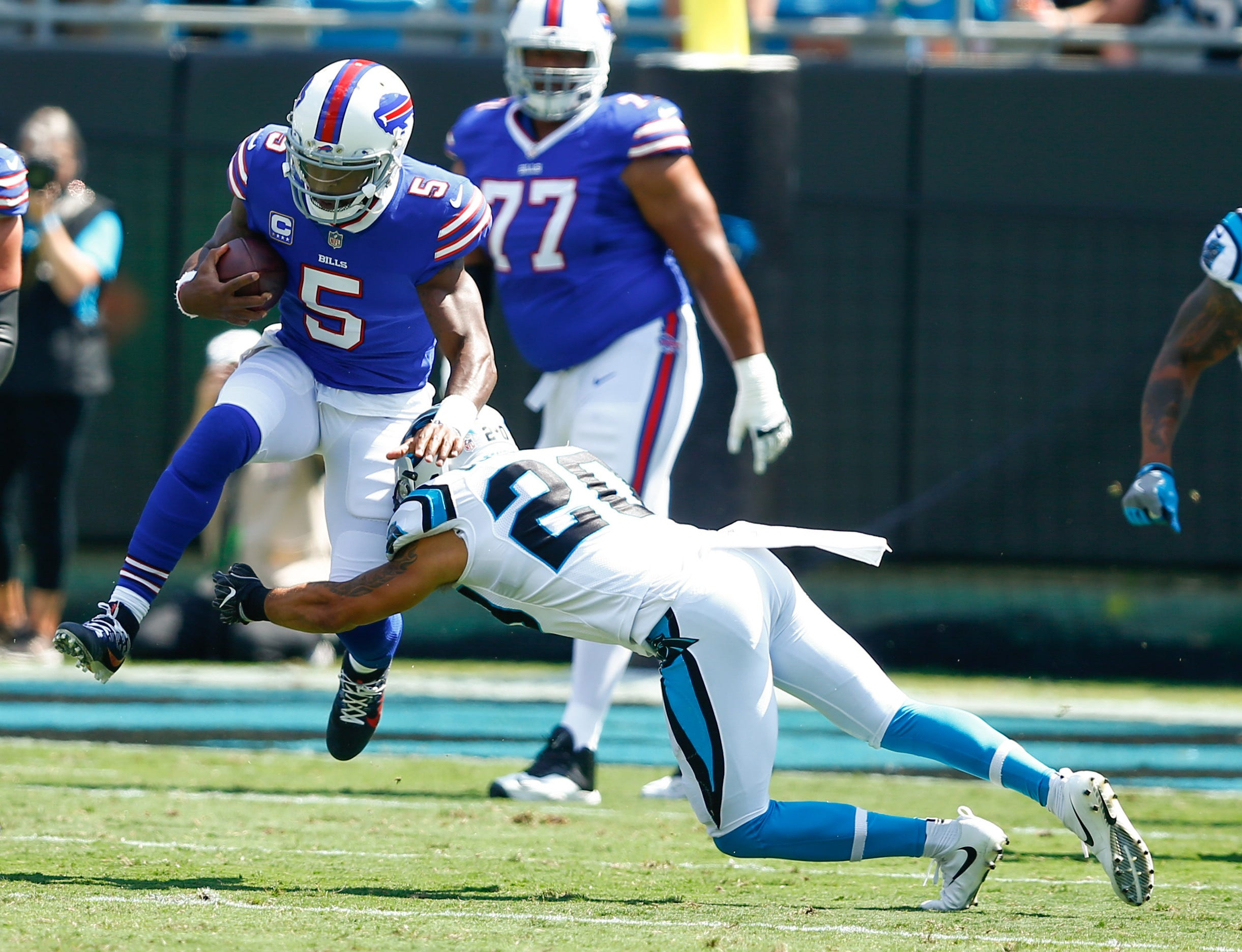 Buffalo Bills' offense horrendous in 9-3 loss to the Carolina Panthers