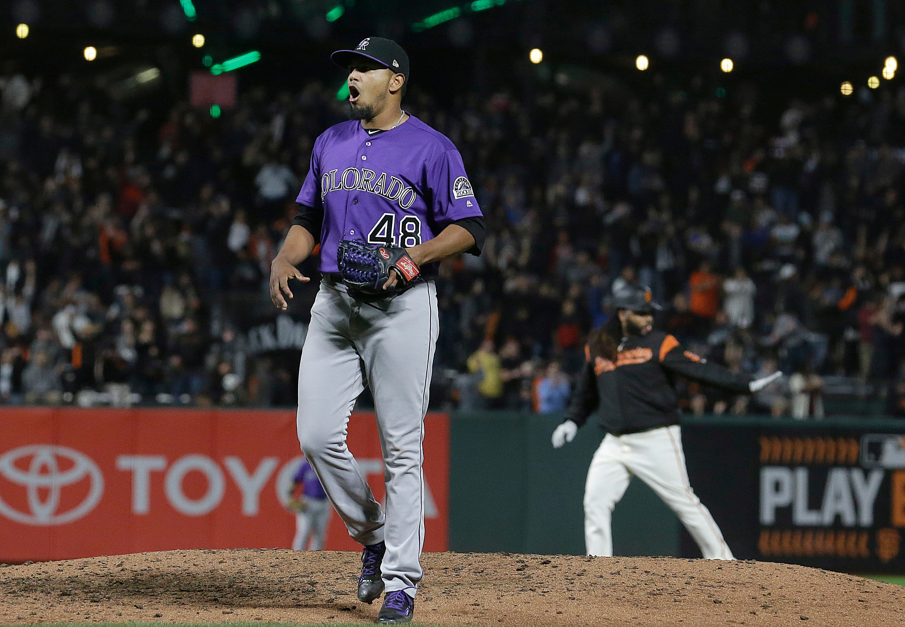Contending Rockies lose early lead, fall to Giants 4-3