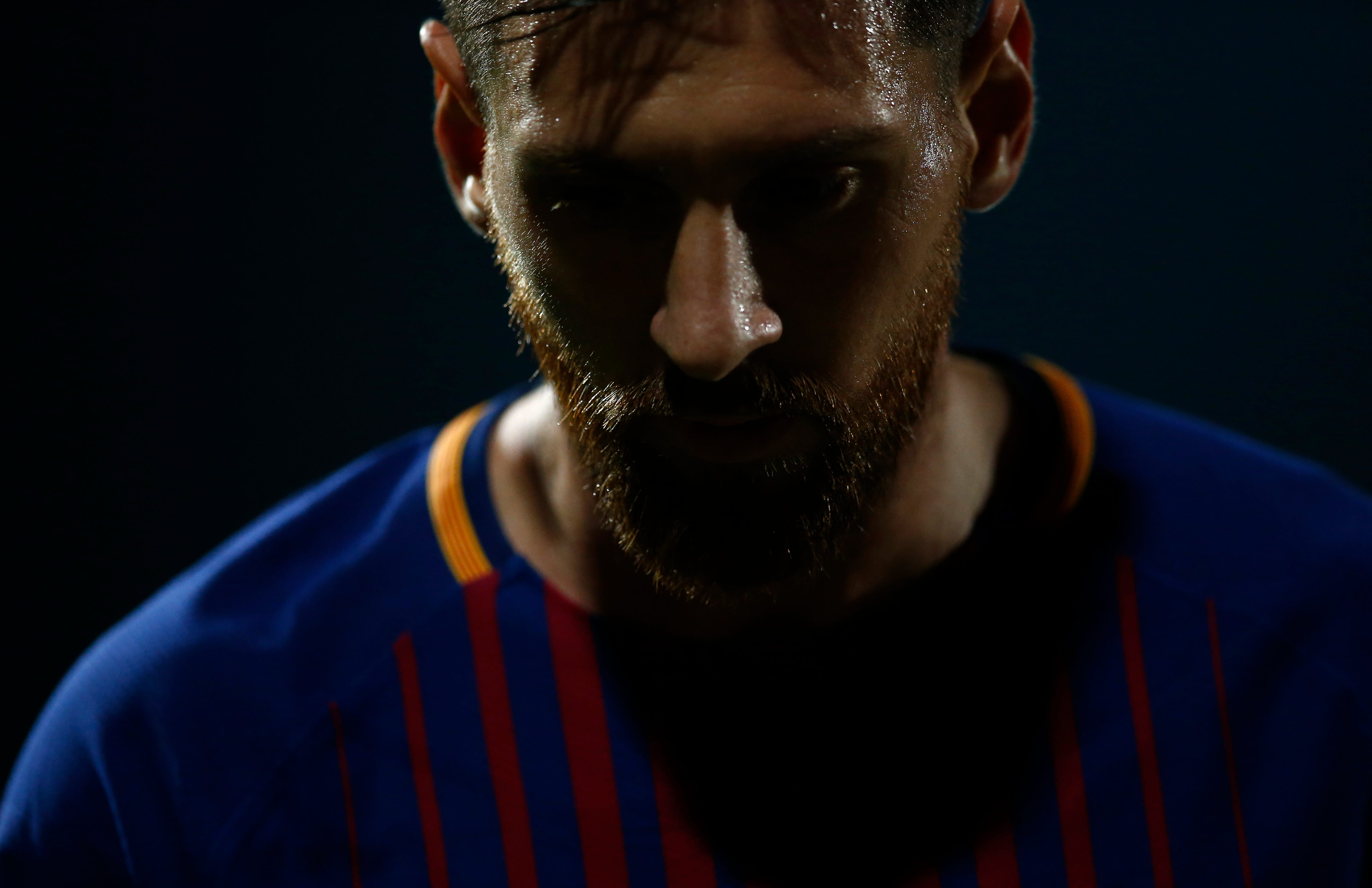 Own goals help Barcelona win 3-0 at Girona to increase lead