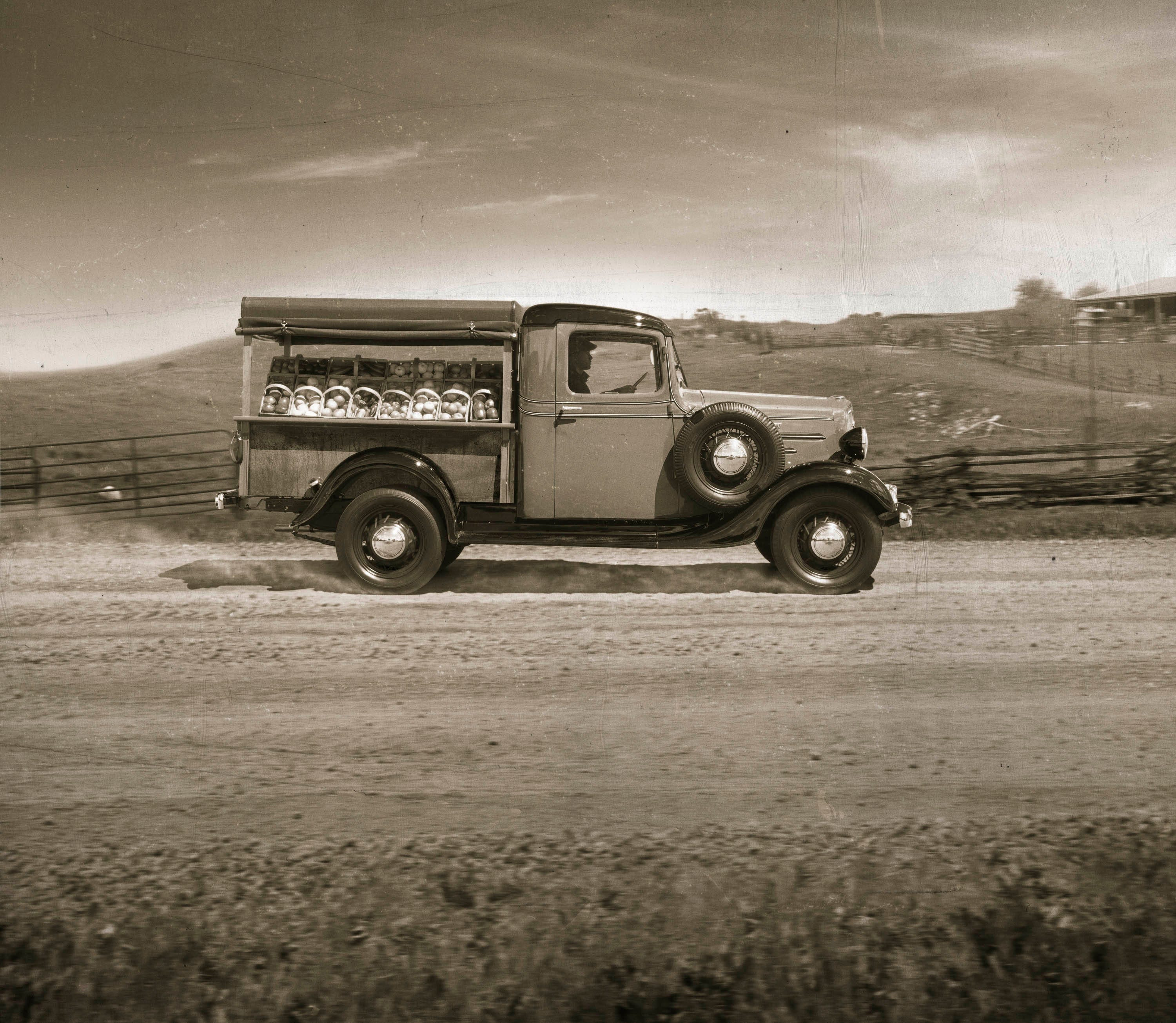 Photos 100 Years Of Chevrolet Trucks