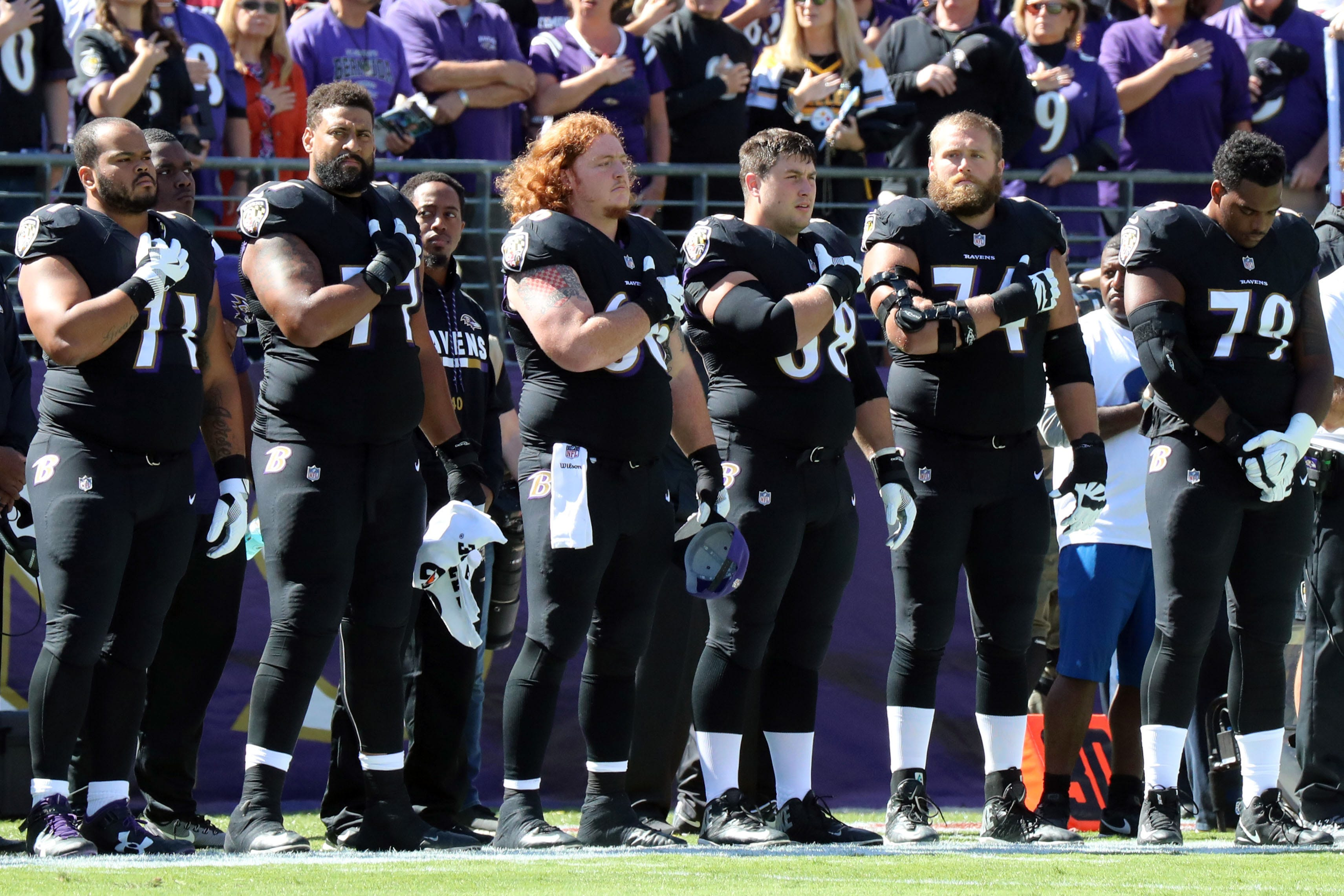 NFL's national anthem protest slowly cooling, though opinions remain sharply divided