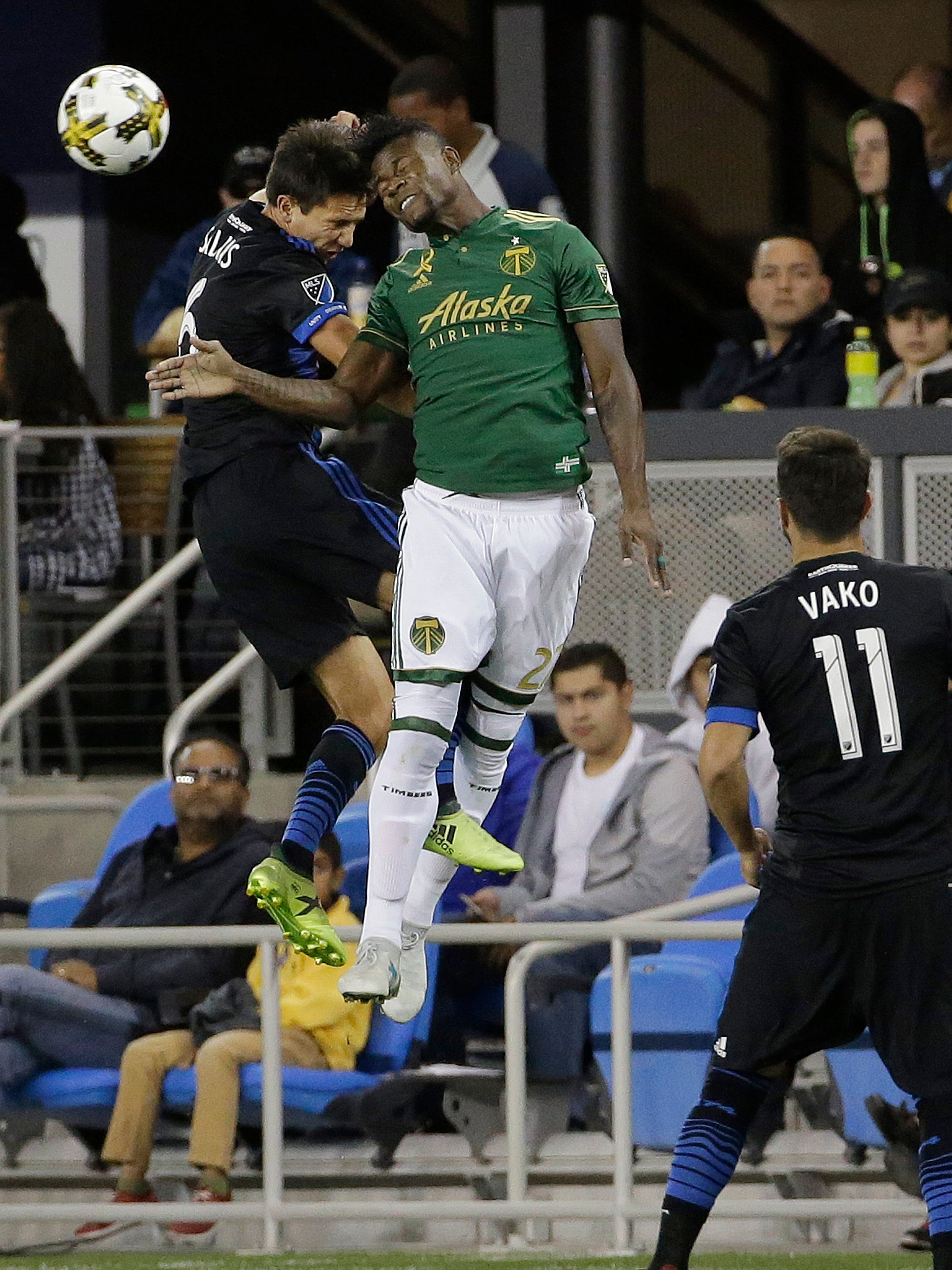 Earthquakes keep playoff hopes alive, beat Timbers 2-1