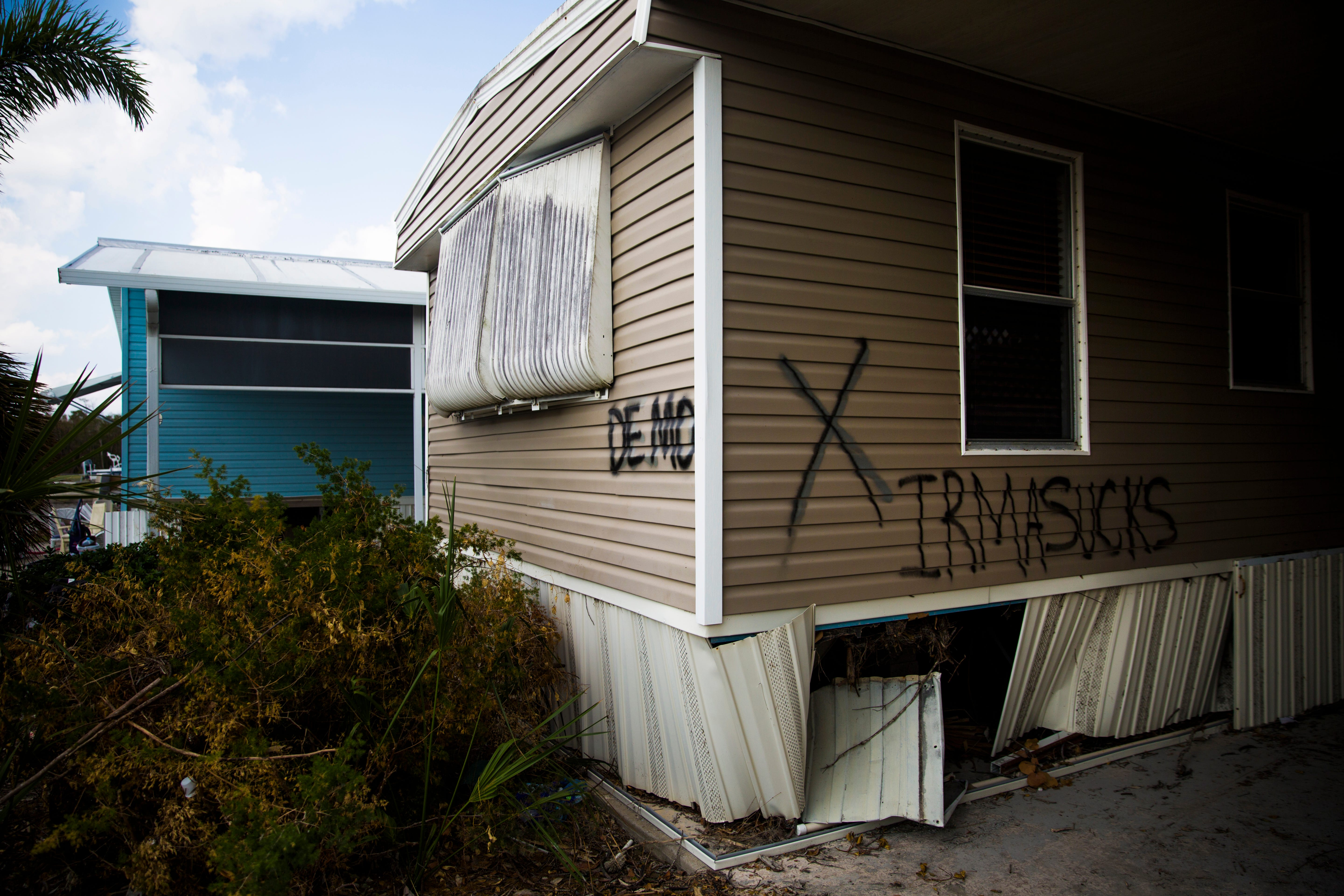 //www.naplesnews.com/story/news/politics/2017/10/31/swfl-man ... on 1986 single wide trailer, 16x80 clayton mobile home, 1986 victorian mobile home,