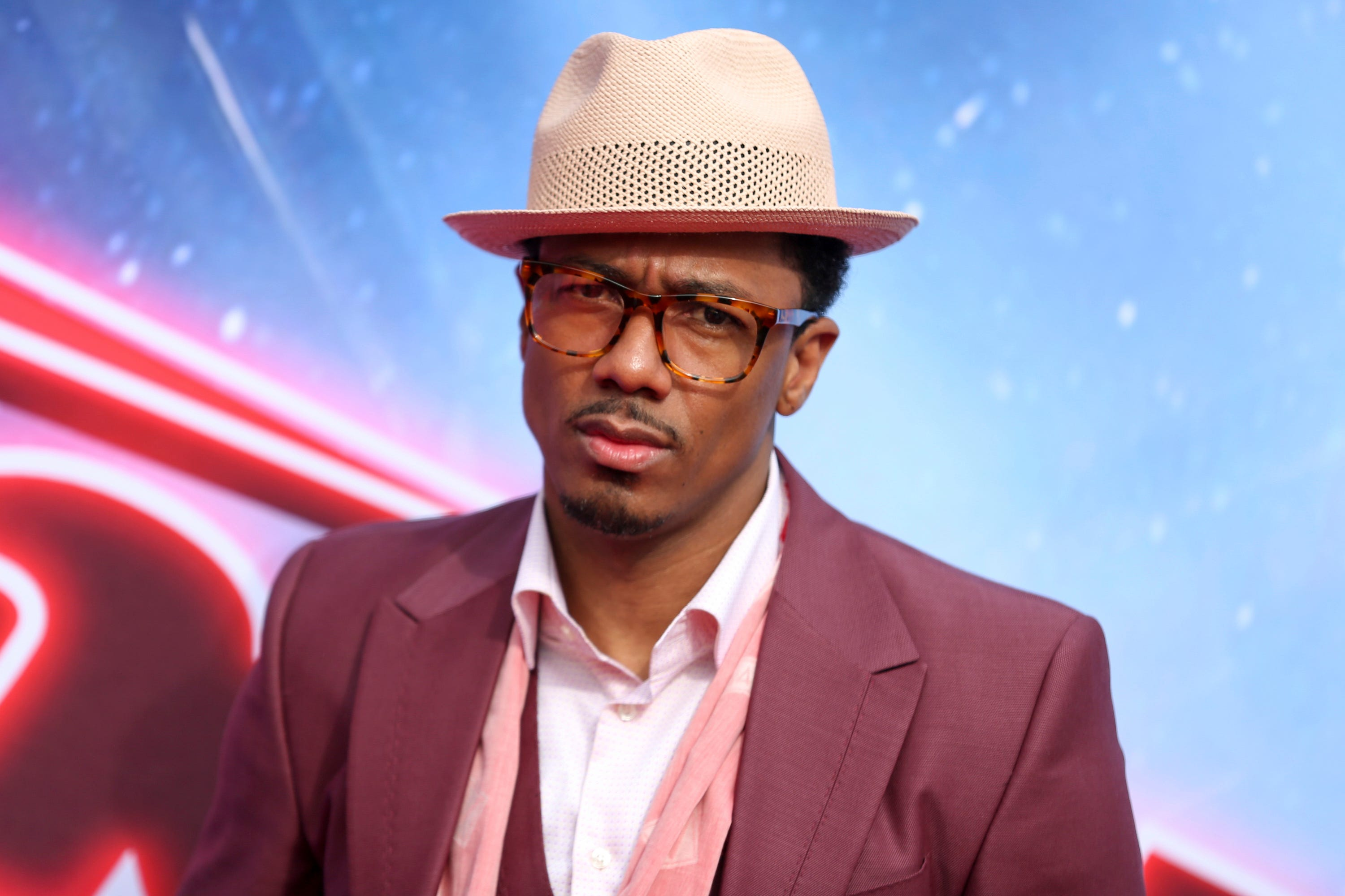 Nick Cannon calls out R. Kelly and music industry 'darkness,' apologizes 'on behalf of all men'