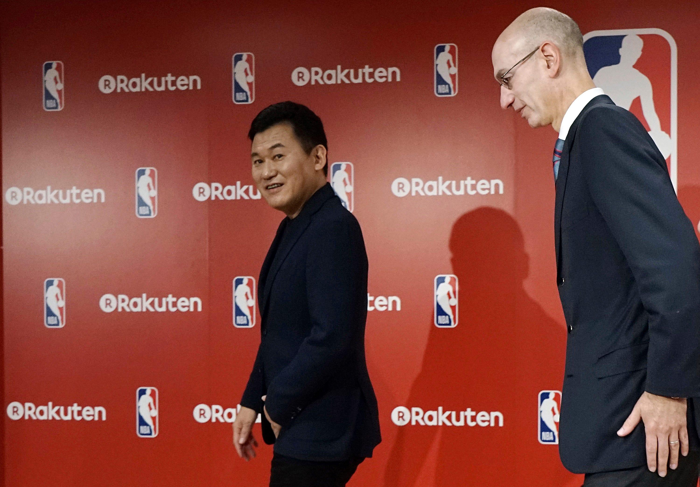 NBA, Japan's Rakuten set exclusive online distribution deal