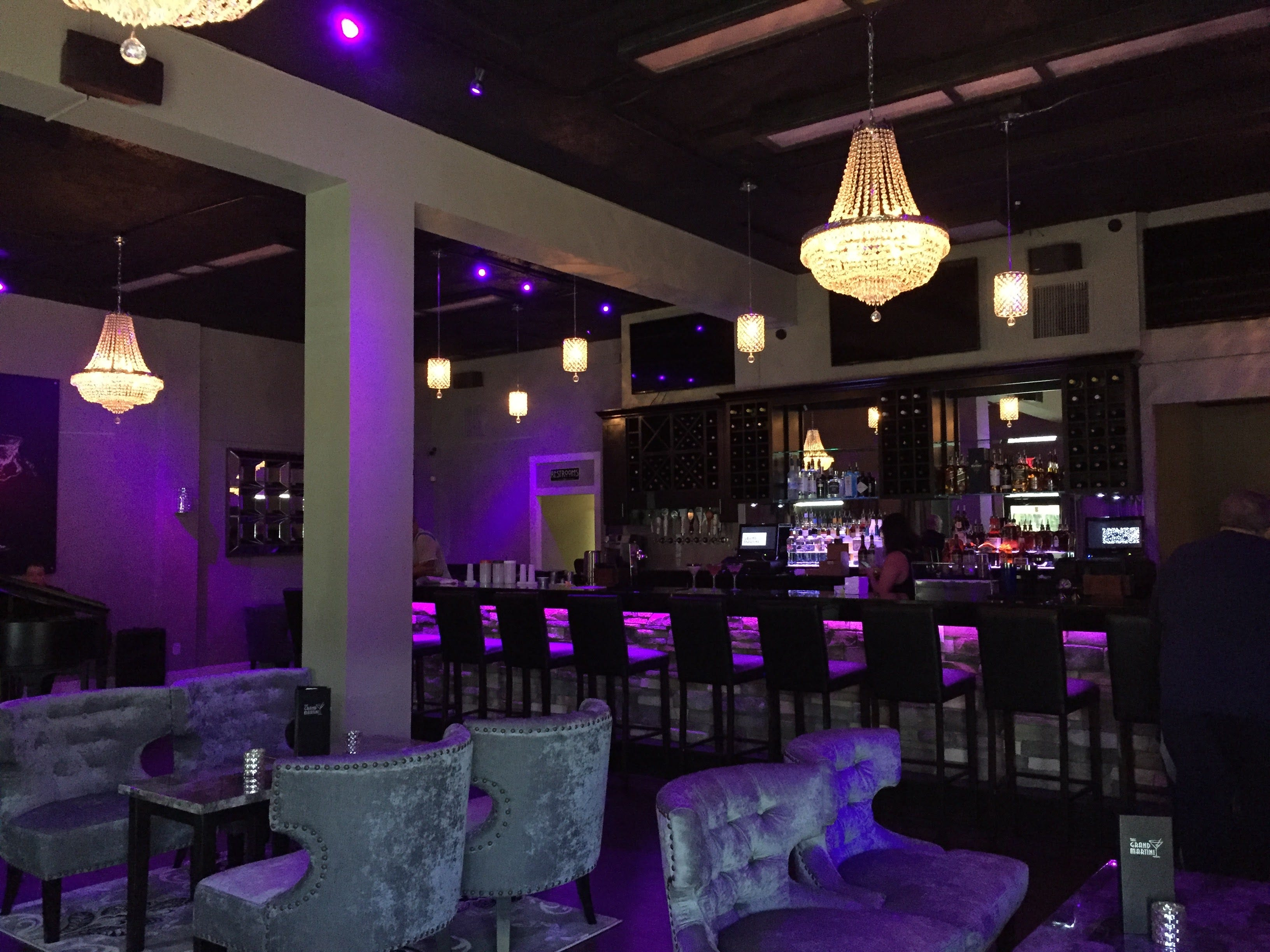636433210839633798-IMG-3535 Upscale martini bar to open in Titusville
