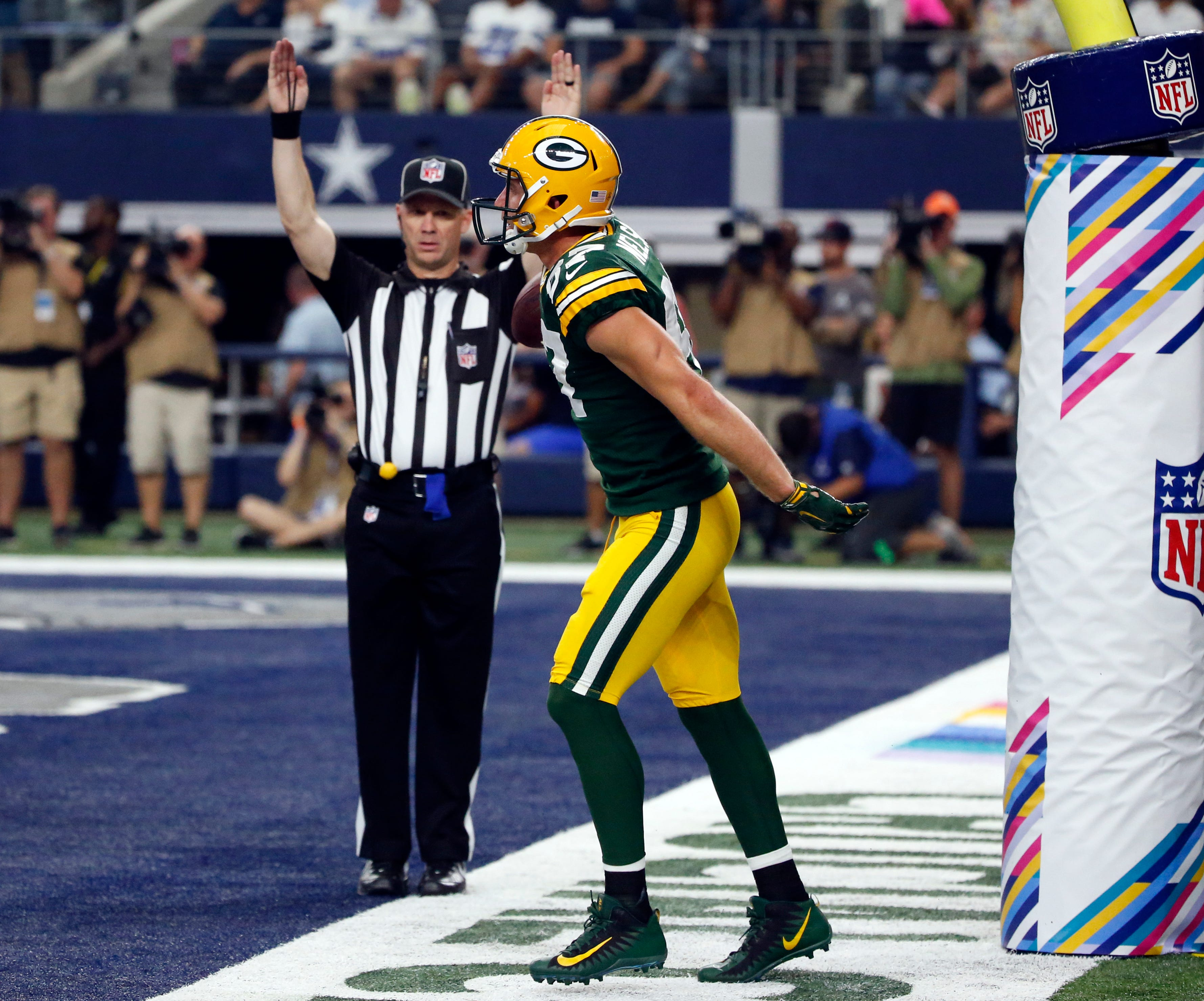 WR Jordy Nelson back at practice after minor back injury