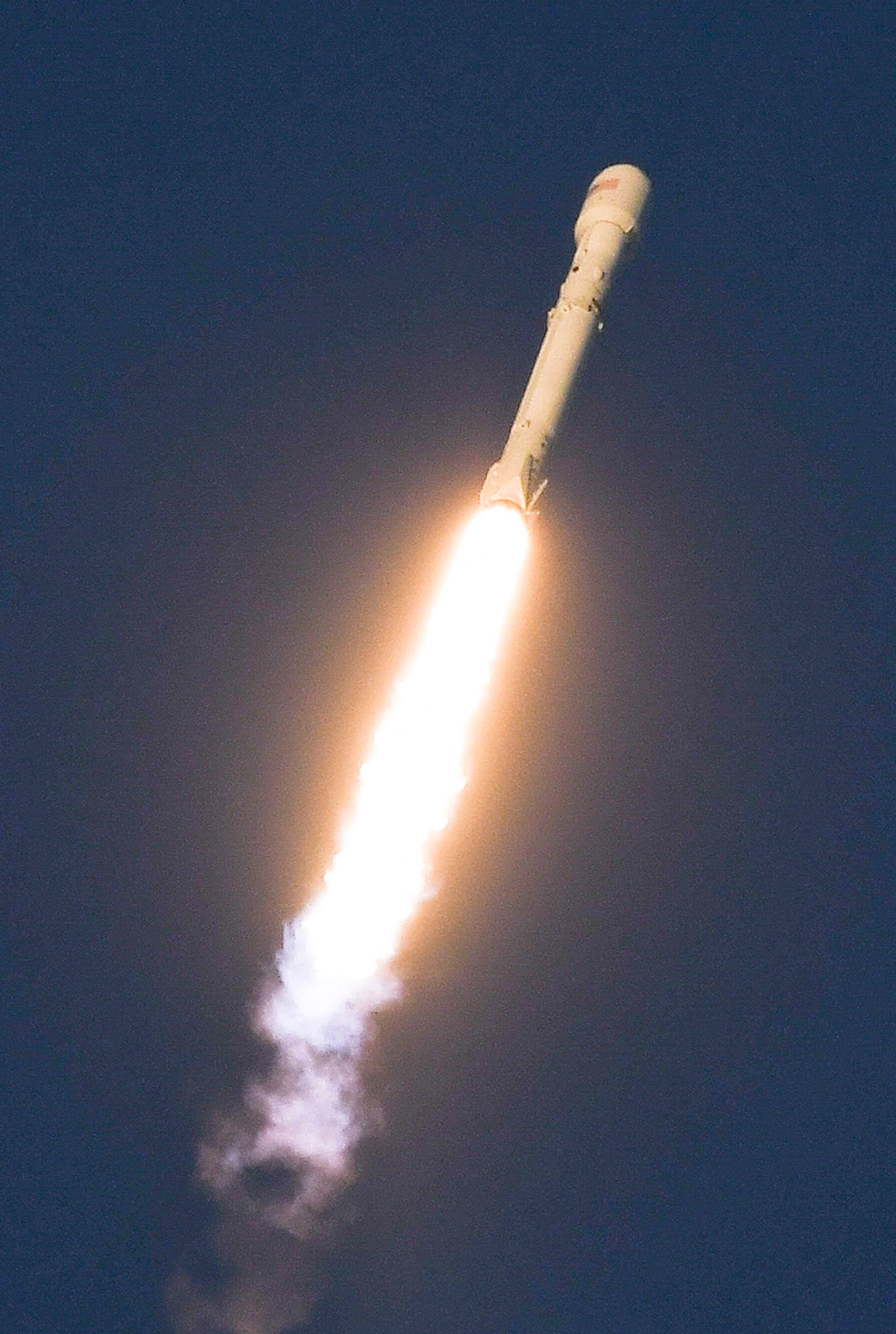 636433647301990453-crb101117-spacex-6- How to watch secretive SpaceX Falcon 9 launch from KSC and landing