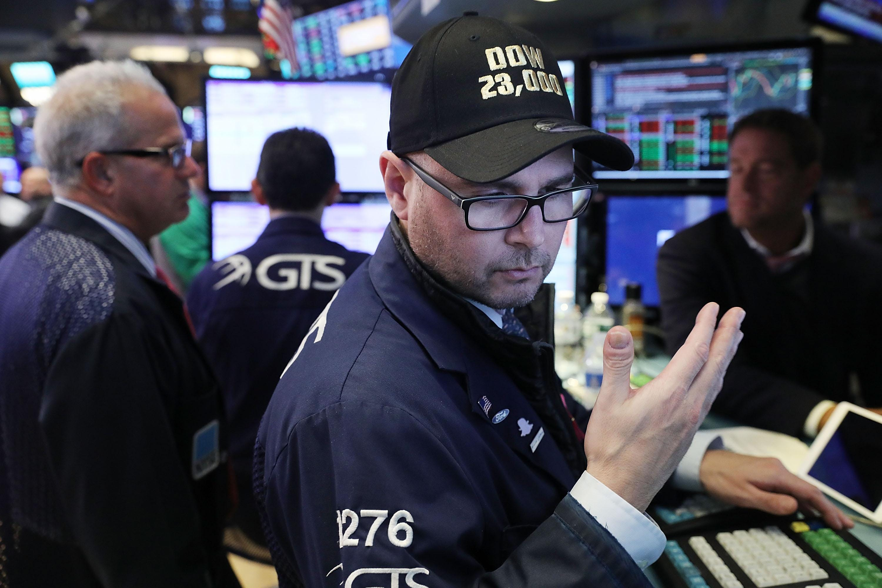 New highs hit for Dow, S&P