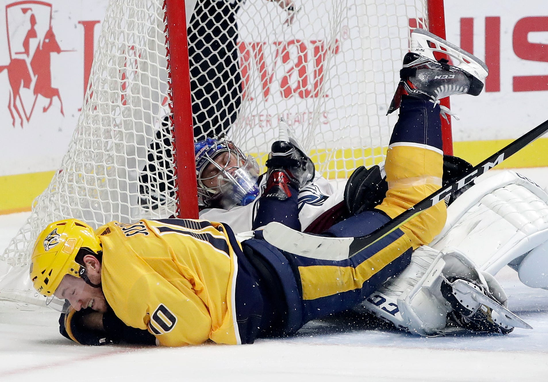 Arvidsson and Josi lift Predators over Avalanche 4-1