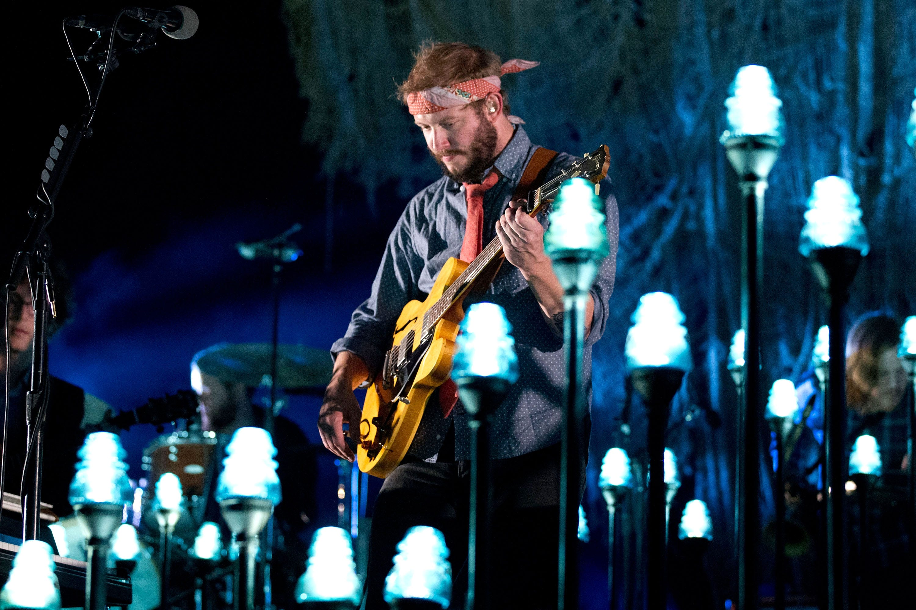Bon Iver s Justin Vernon has made new music for a YouTube workout series