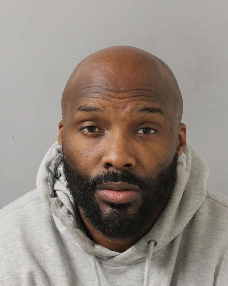 Ex-Titans, Ravens player Derrick Mason arrested, charged with domestic assault