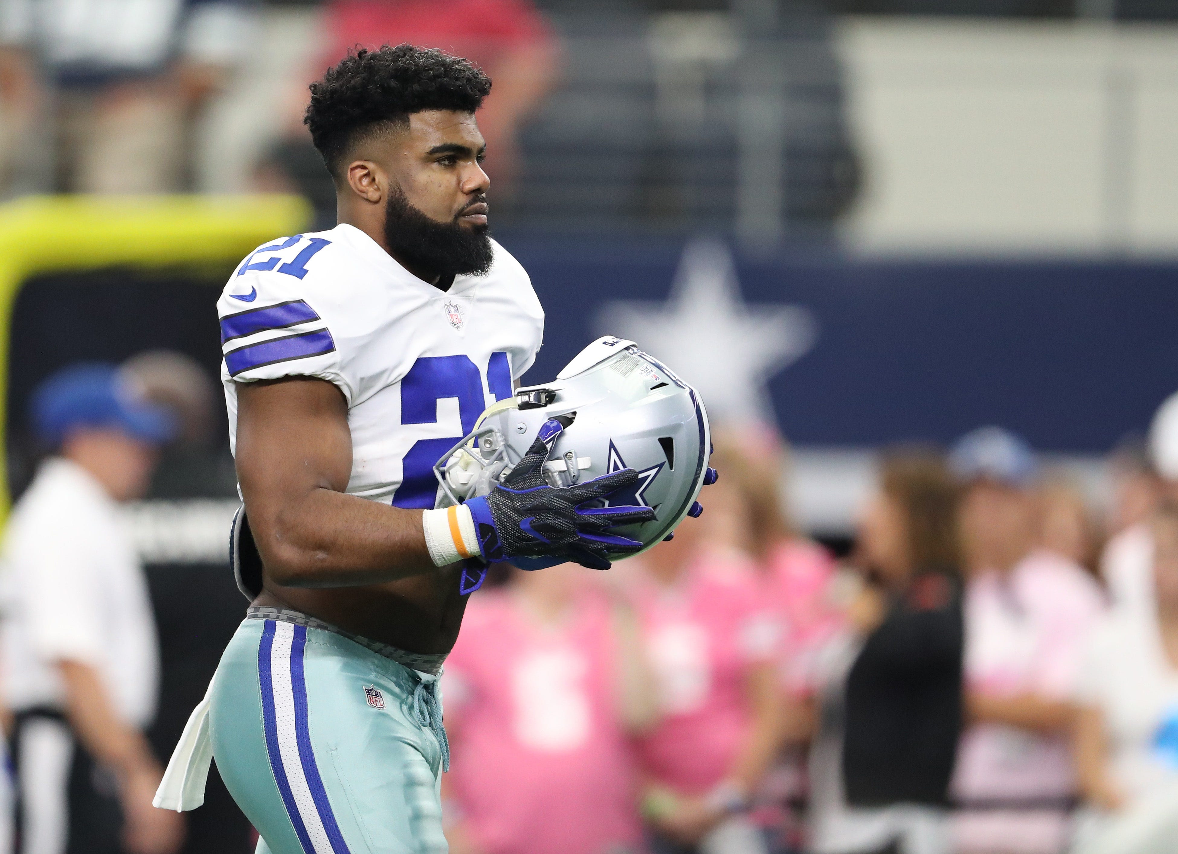 Appeals court grants stay to Cowboys' Ezekiel Elliott, who can play vs. Chiefs