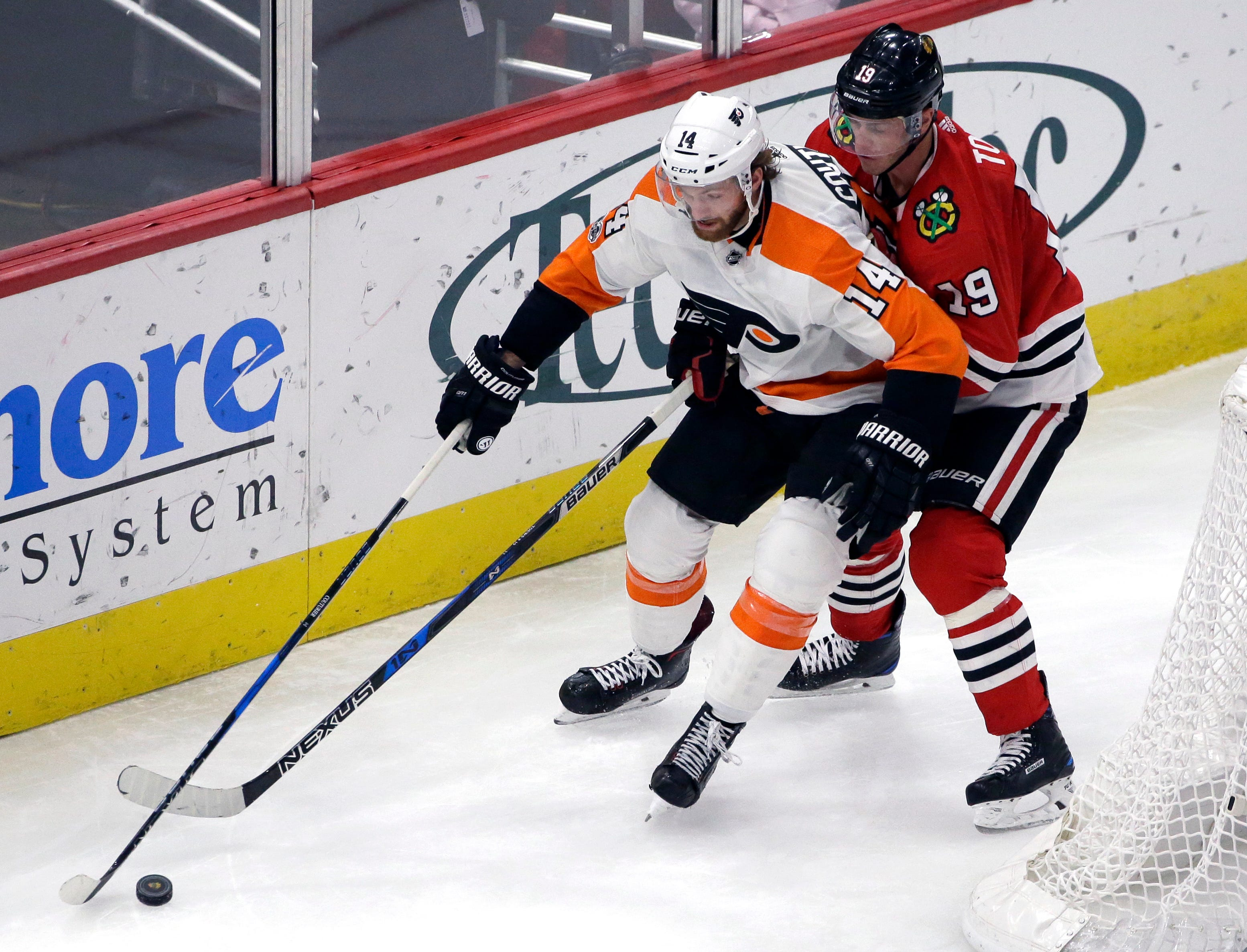 Crawford, Blackhawks blank Flyers 3-0