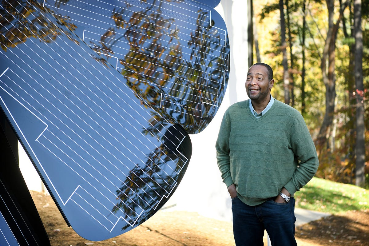 SmartFlower blooms renewable energy ideas in North Asheville
