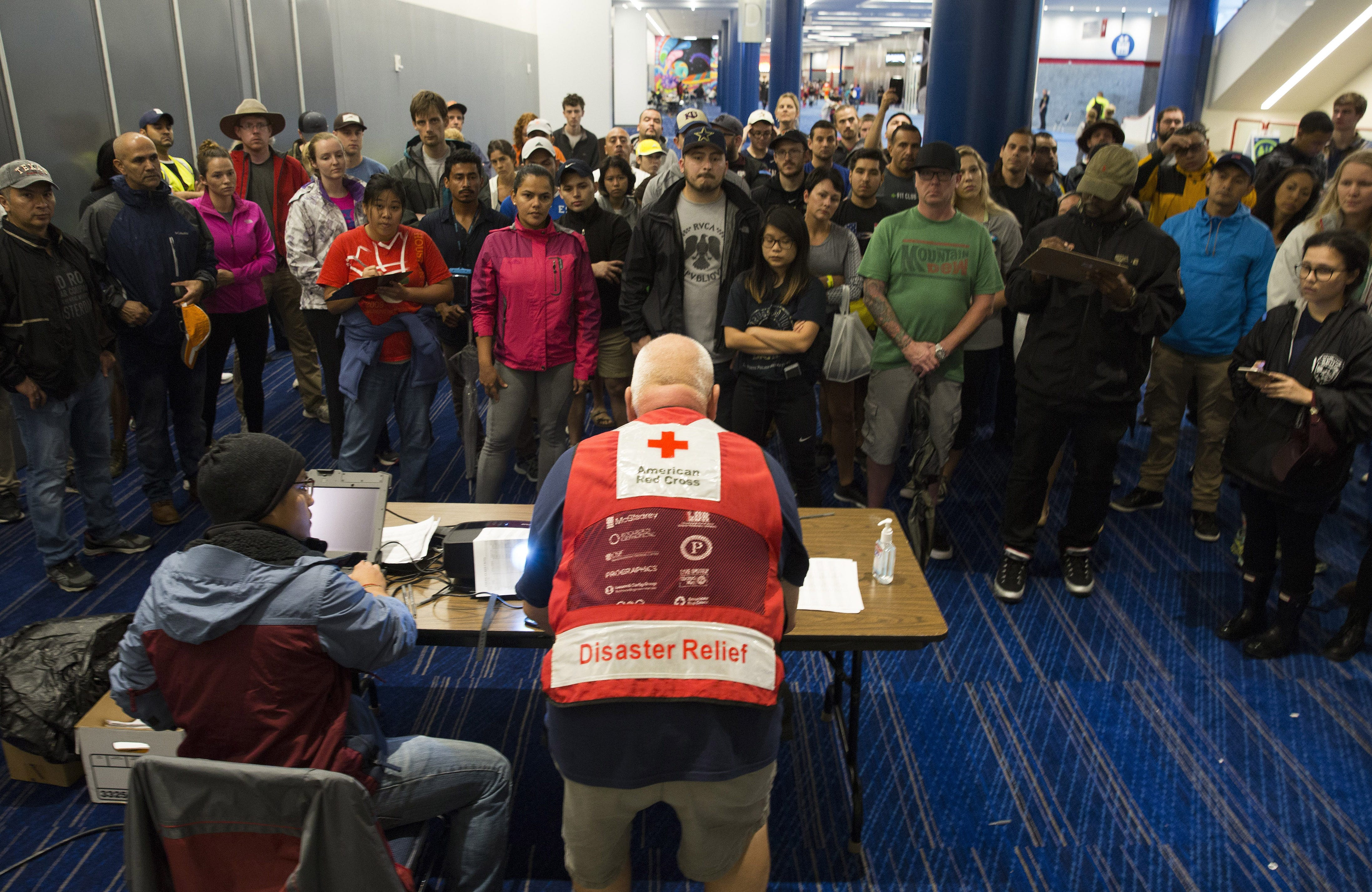 Red Cross went to pieces in Cyclone Harvey relief effort, Texas leaders, citizens state