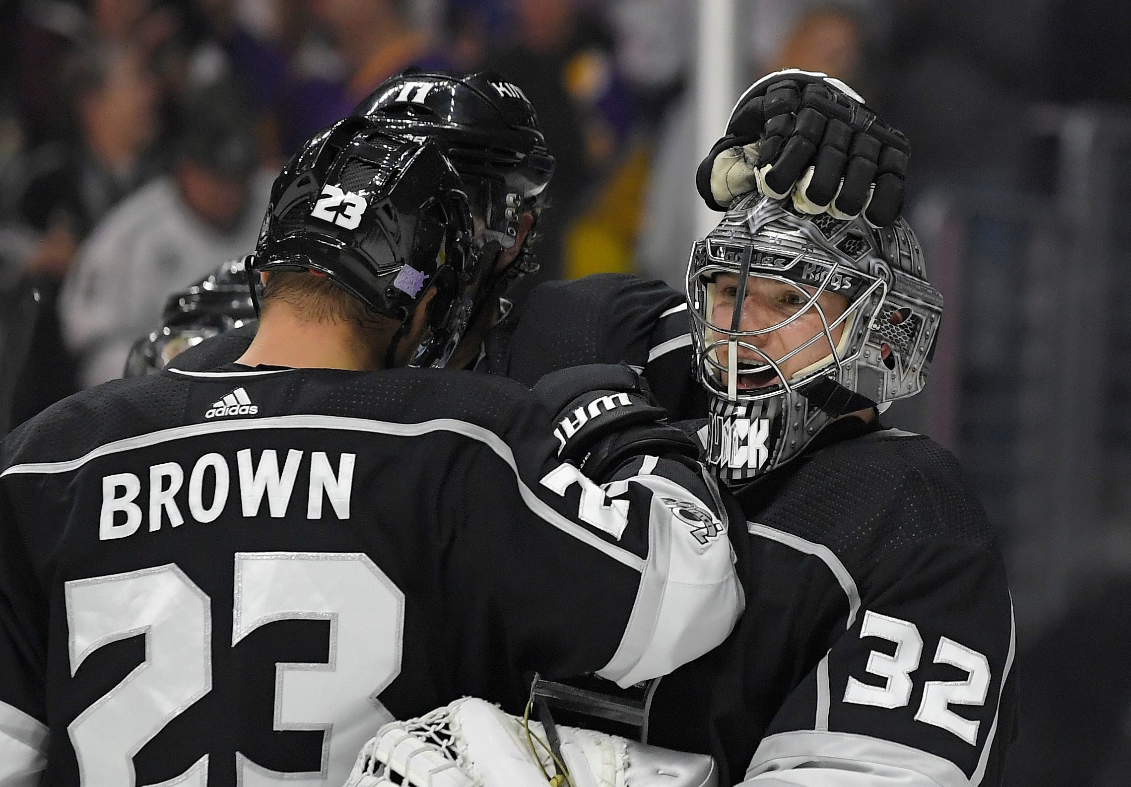 Amadio gets 1st goal in surging LA Kings' 5-3 win over Leafs