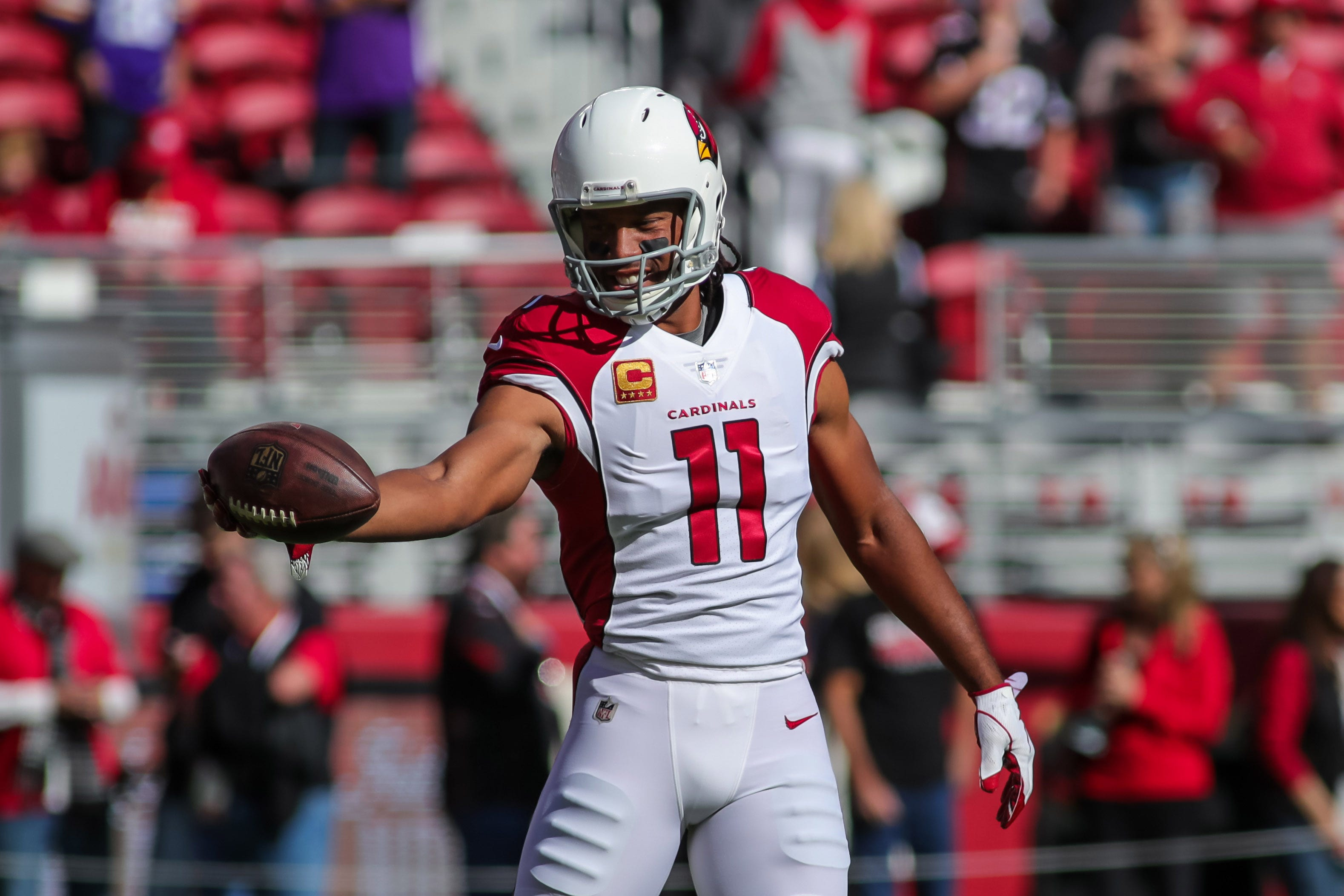 Larry Fitzgerald signs contract extension with Cardinals; 2018 status still undetermined