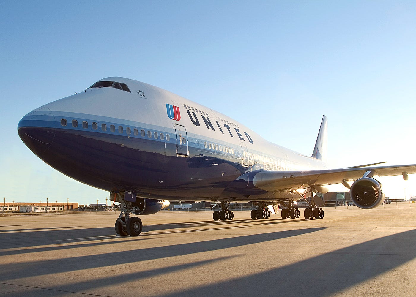 United Airlines fires 35 employees for abusing, selling travel perks