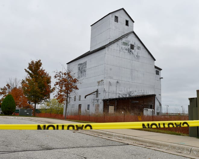 View on Oct. 27 from the west of the abandoned granary on Sturgeon Bay's west side waterfront.