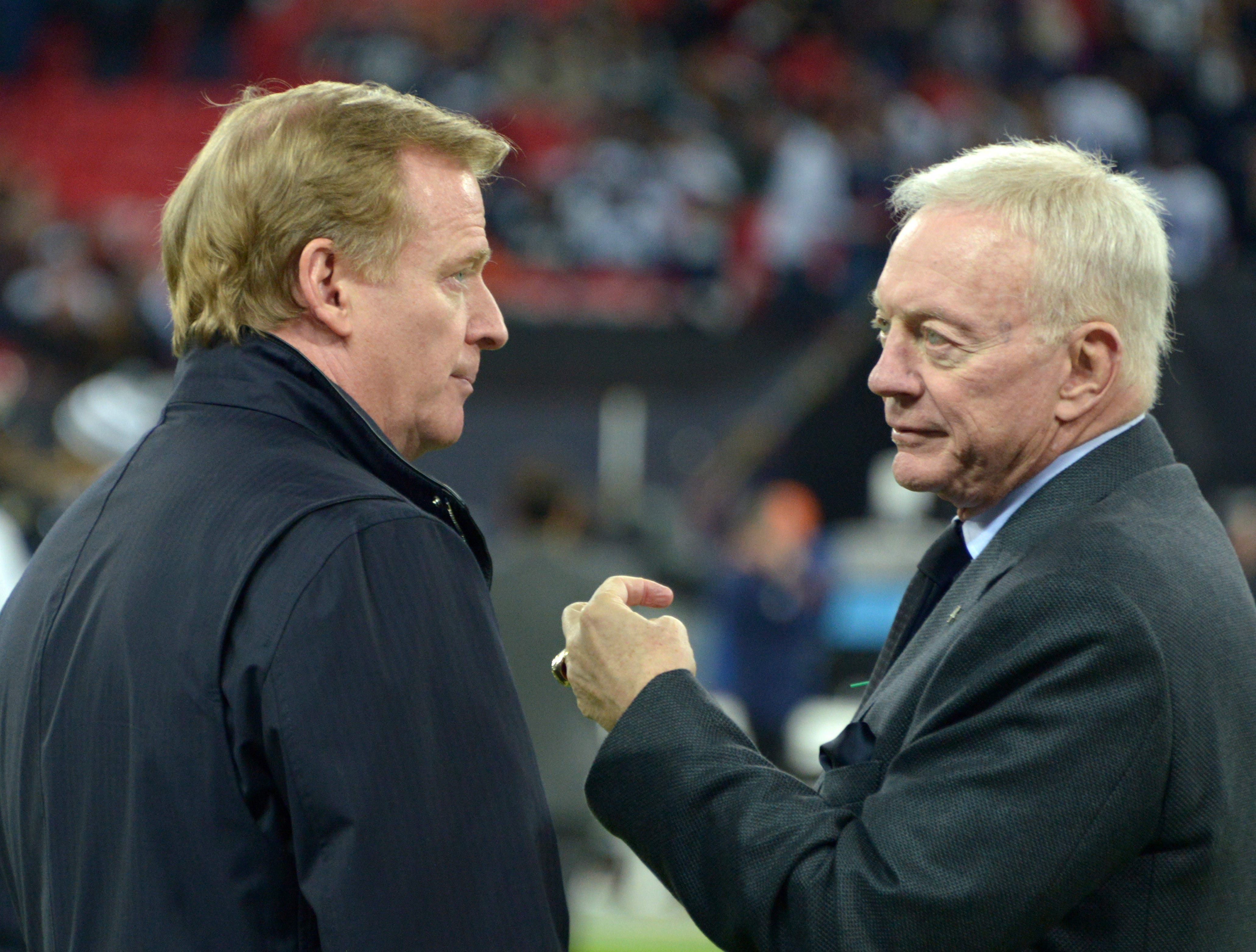Report: Jerry Jones threatened to 'come after' NFL commissioner Roger Goodell