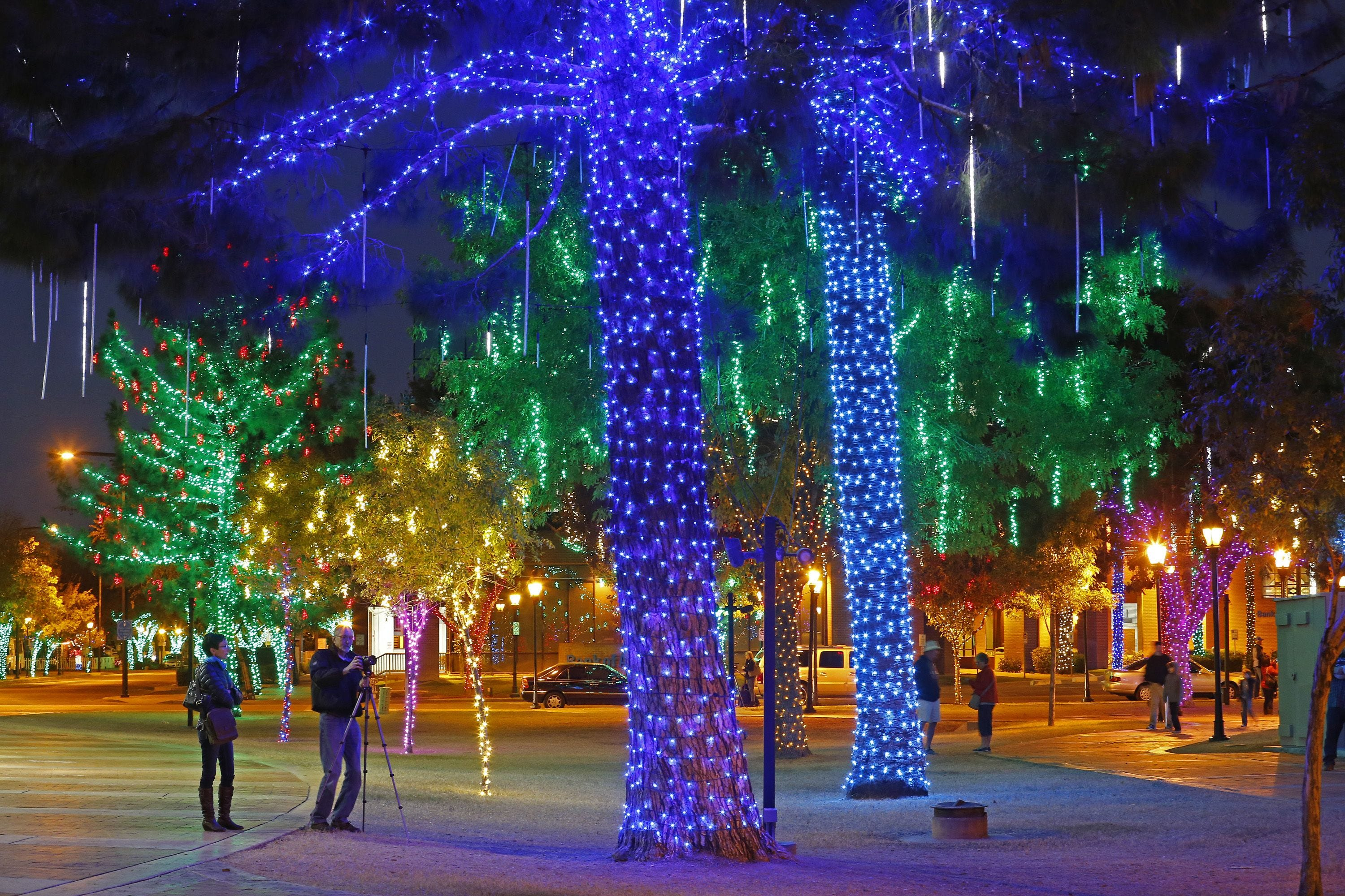 11/24-1/6: Glendale Glitters | The award-winning and