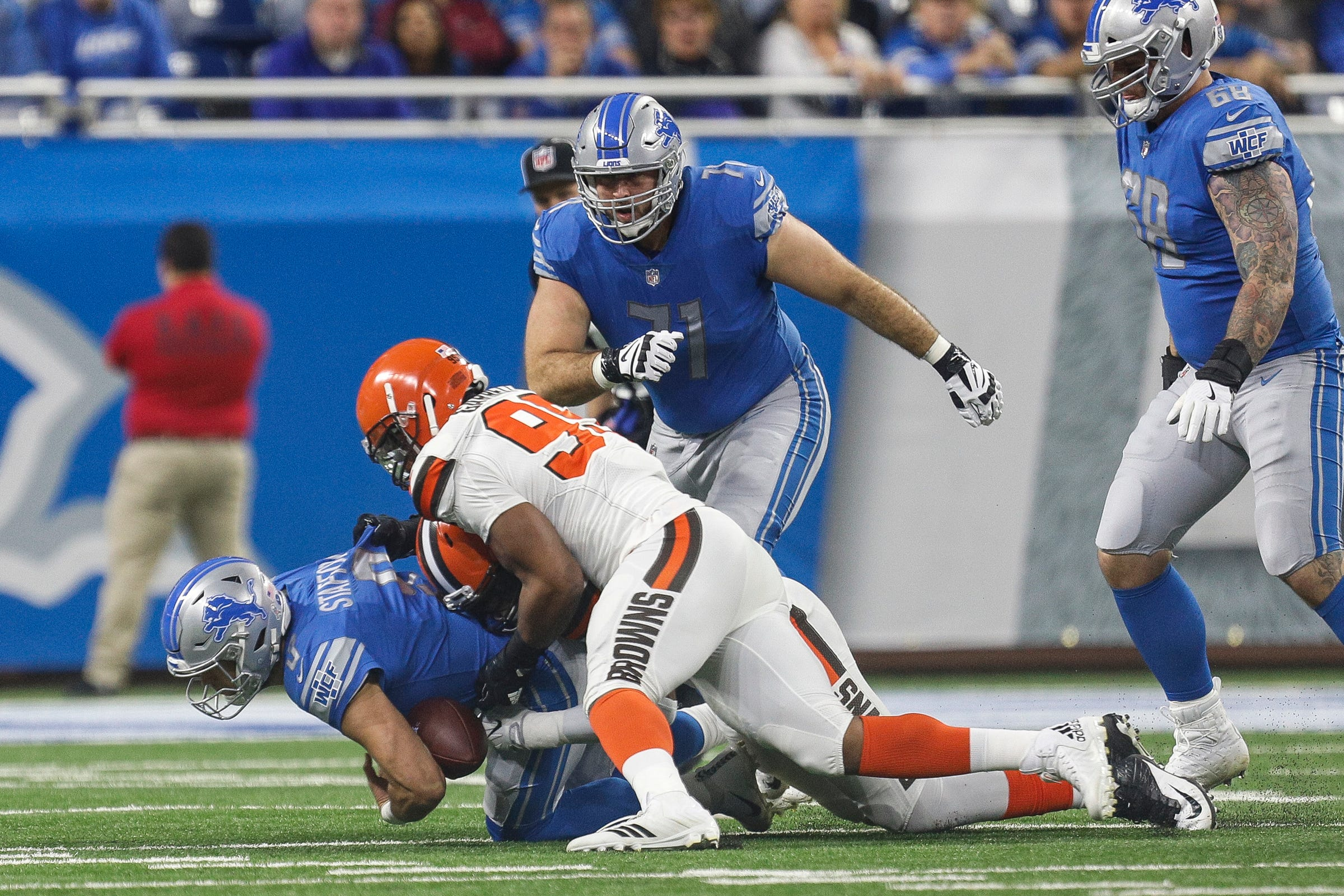Lions lose Wagner to ankle injury vs Ravens
