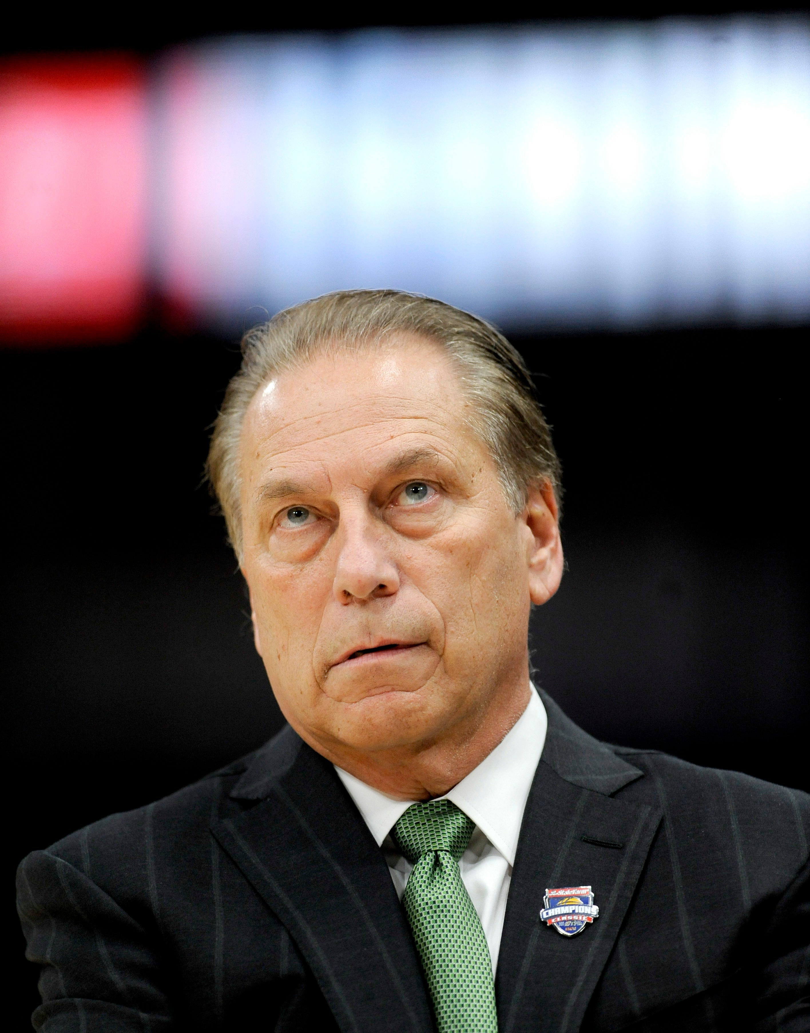 Michigan State coach Tom Izzo looks up at the scoreboard
