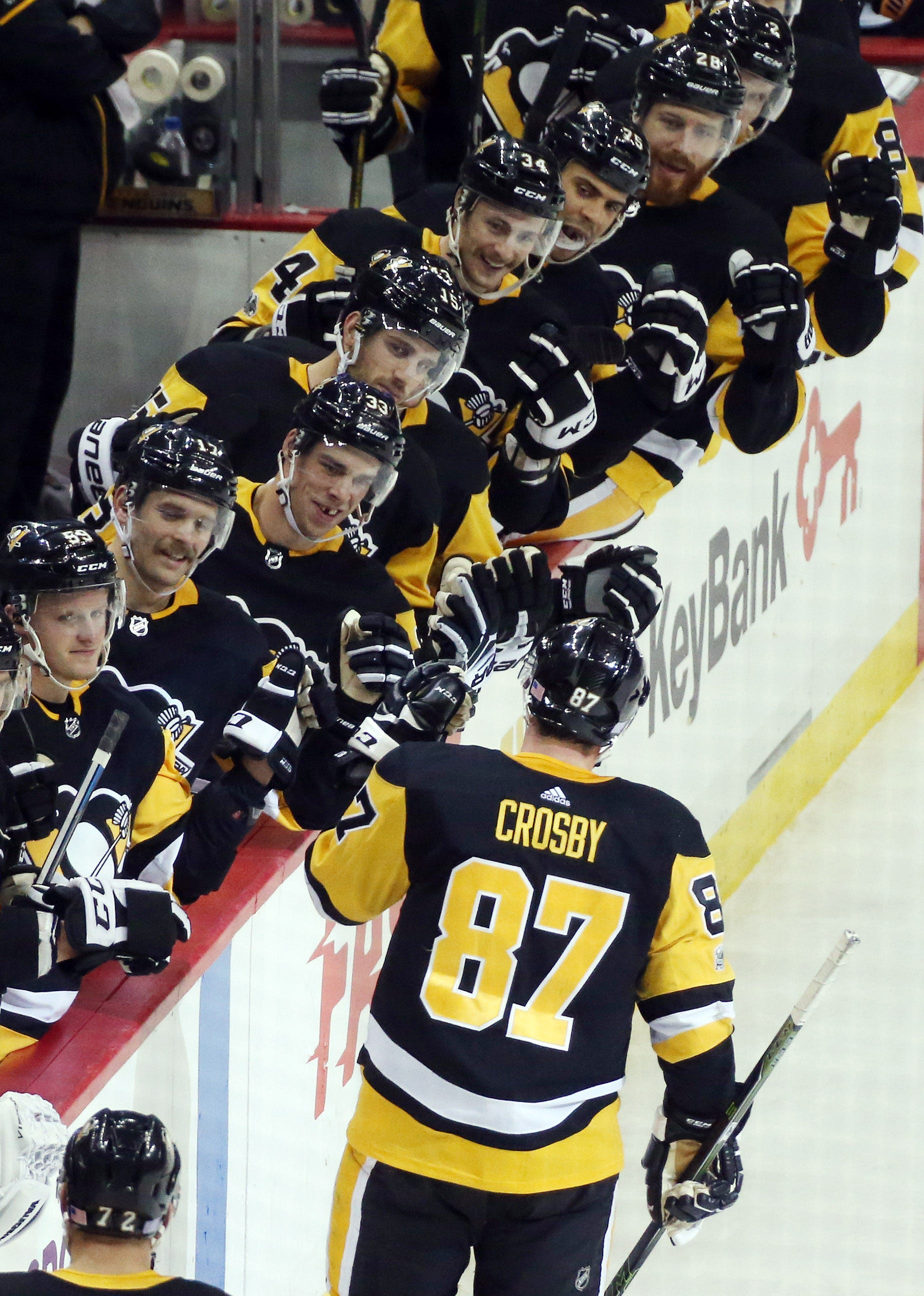 Sidney Crosby ends goal drought  Penguins beat Sabres Pittsburgh star ends  an 11-game drought a671feb10