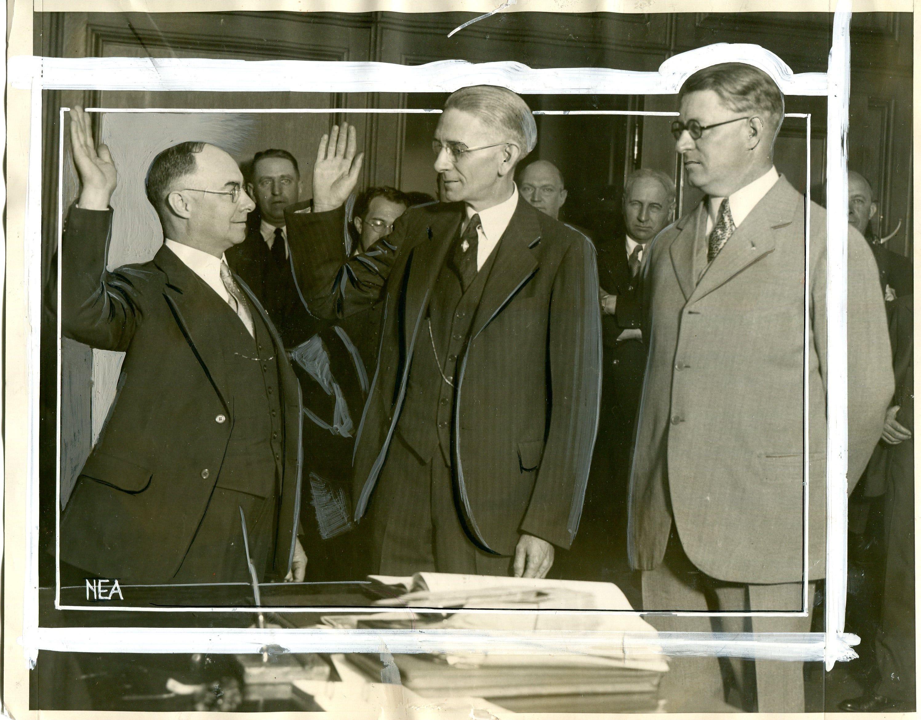 Detroit city clerk (and future mayor) Richard W. Reading,