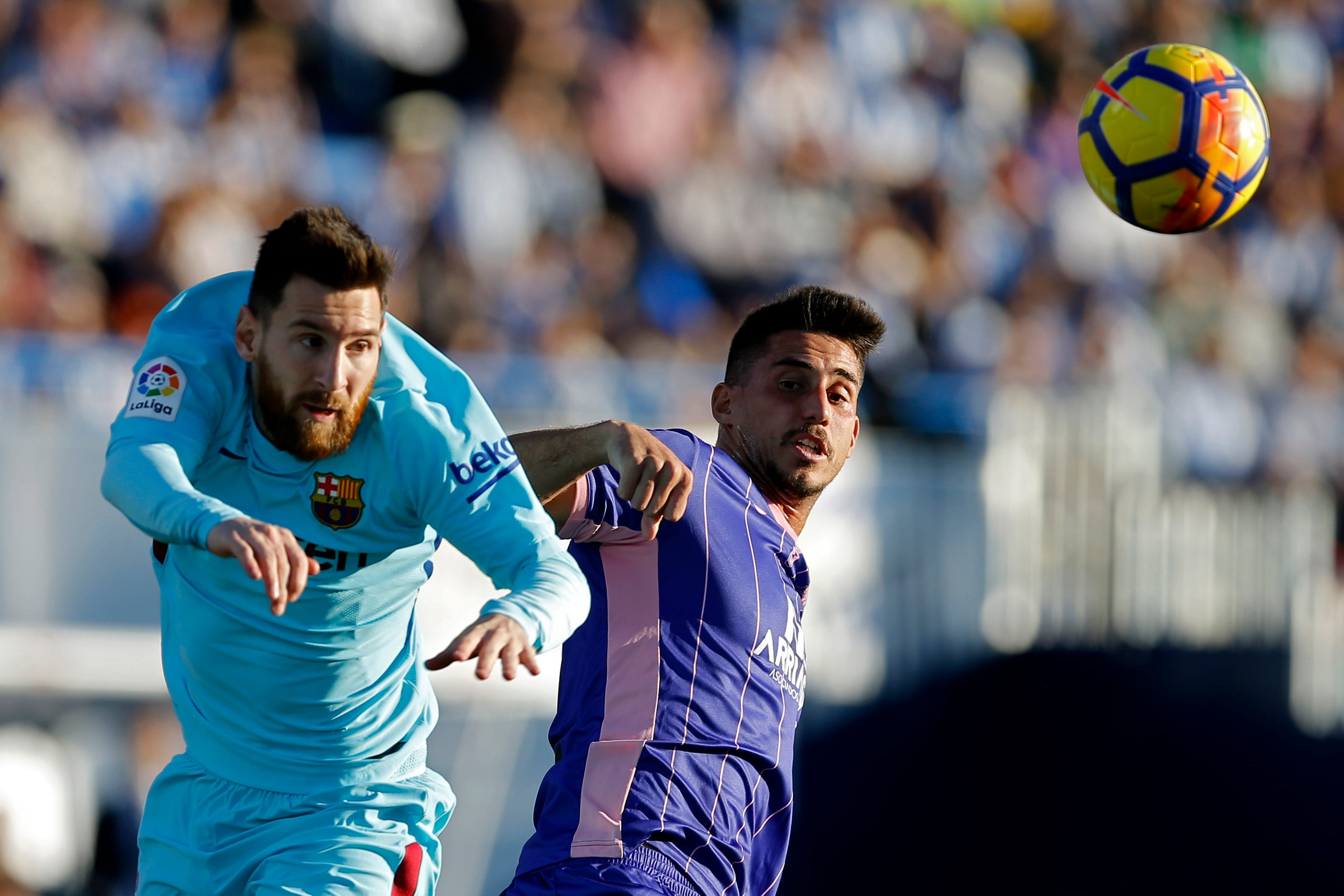 Suarez ends drought to lead Barcelona to 3-0 win at Leganes