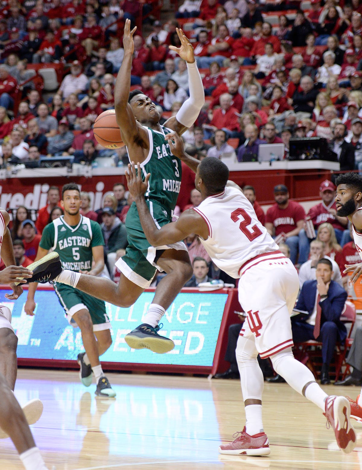 Indiana wins third straight with 87-67 win over EMU