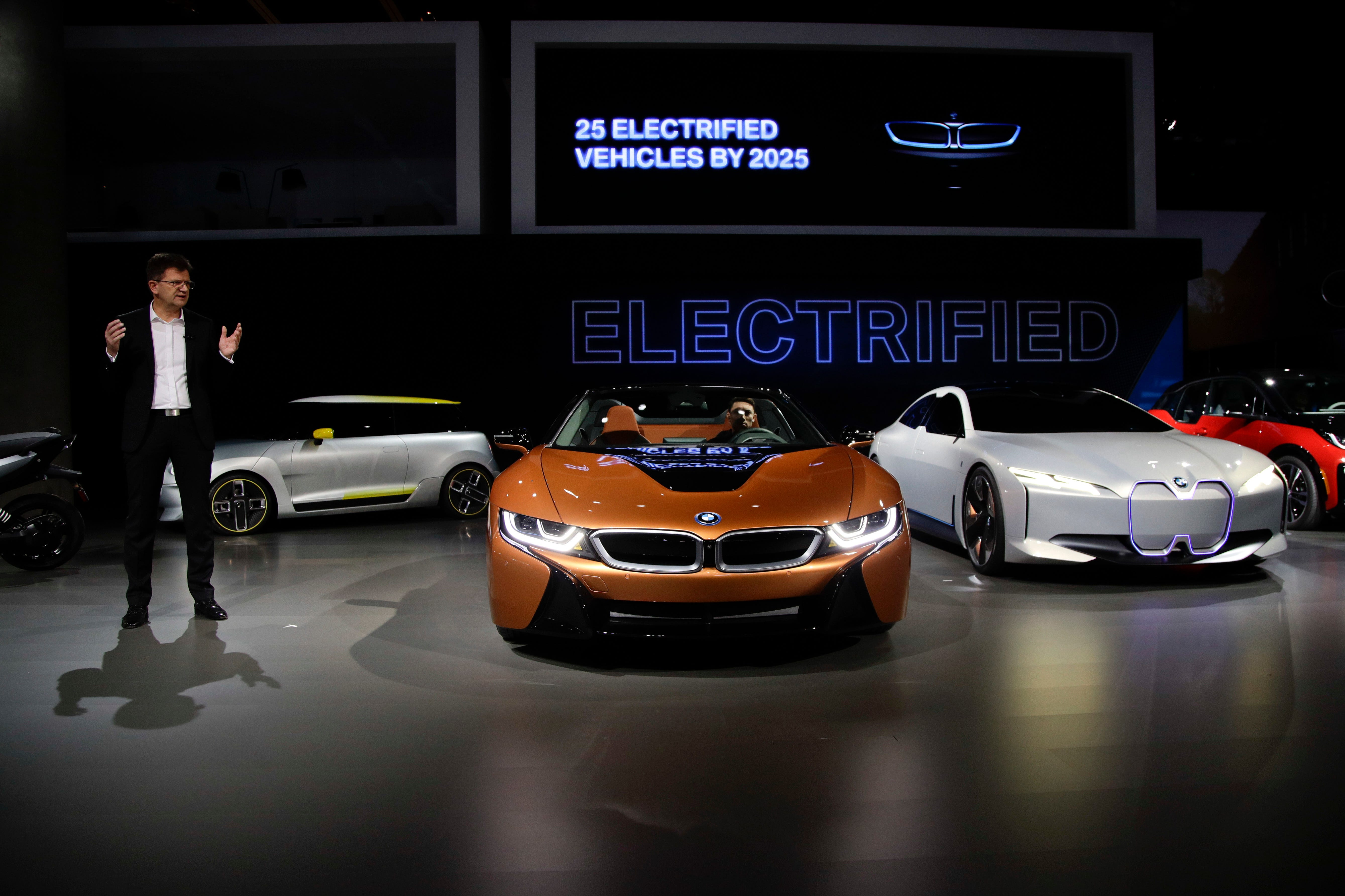 BMW's Klaus Frohlich introduces the BMW i8 Roadster,