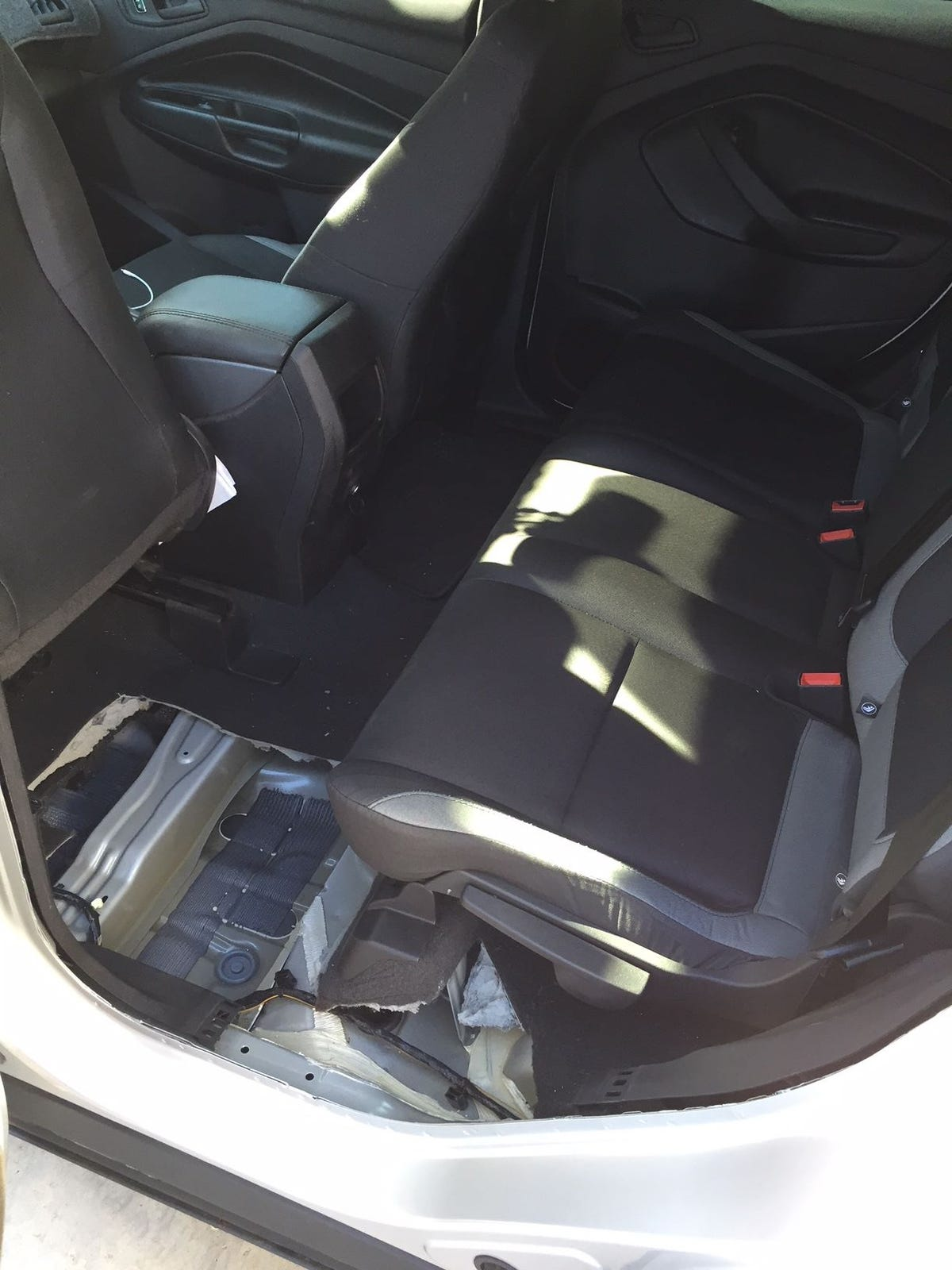Uber Car Seat >> Passenger Accidentally Shoots Himself In Back Seat Of Mesa